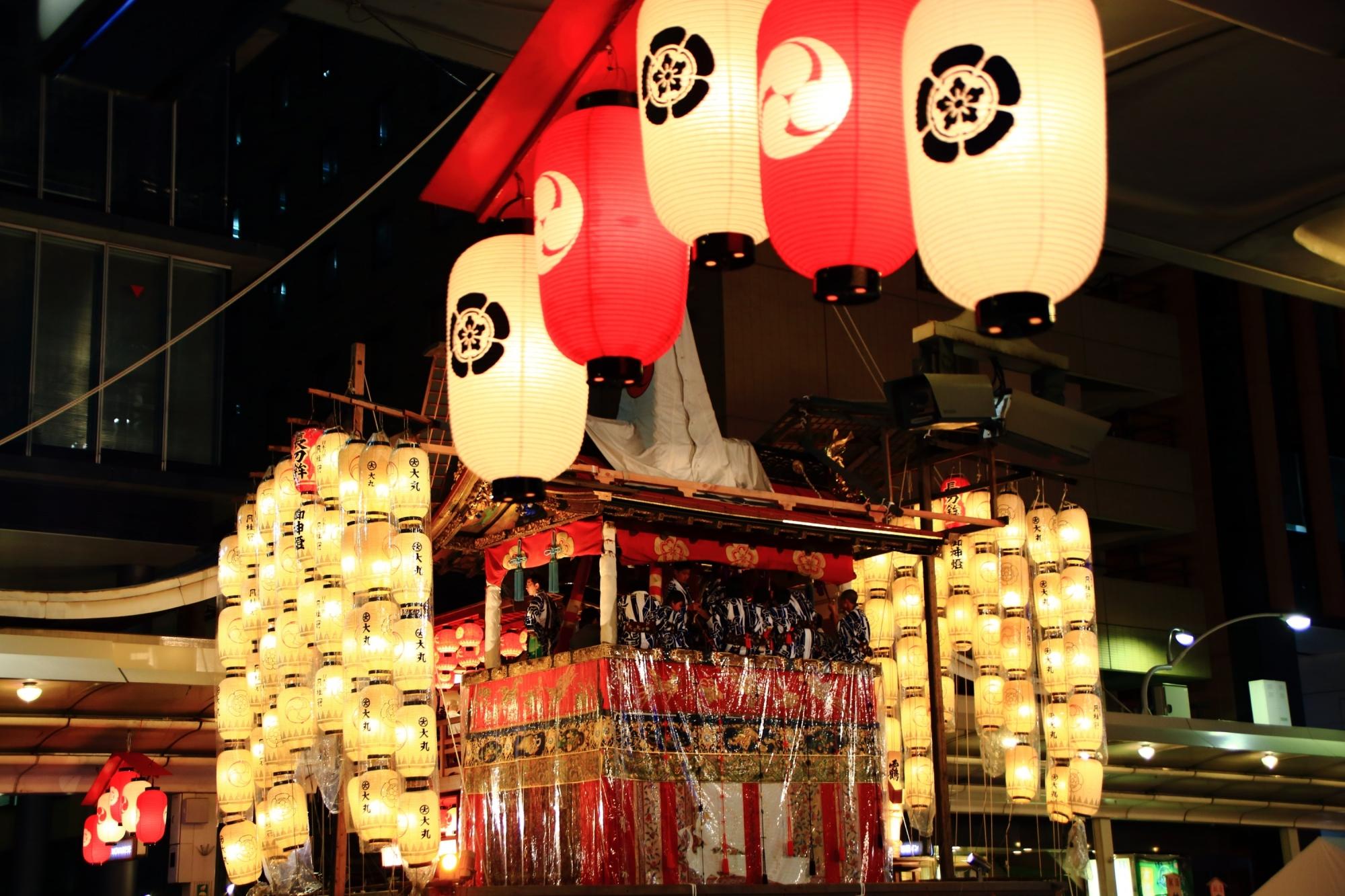 祇園祭の宵山の人気の長刀鉾