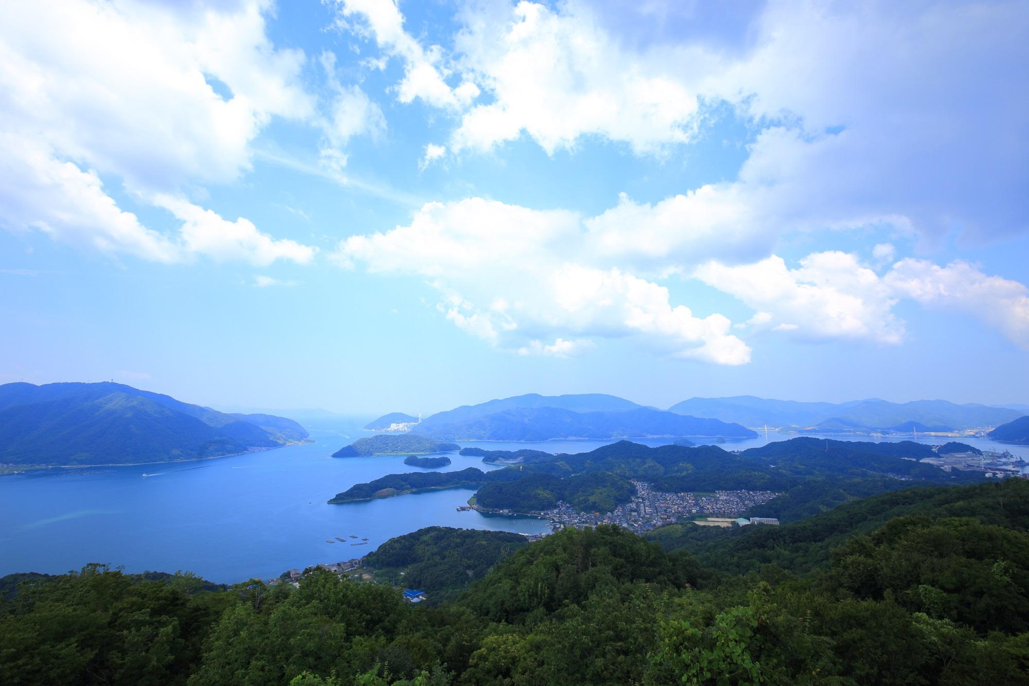 五老スカイタワーから眺めた舞鶴湾や山々