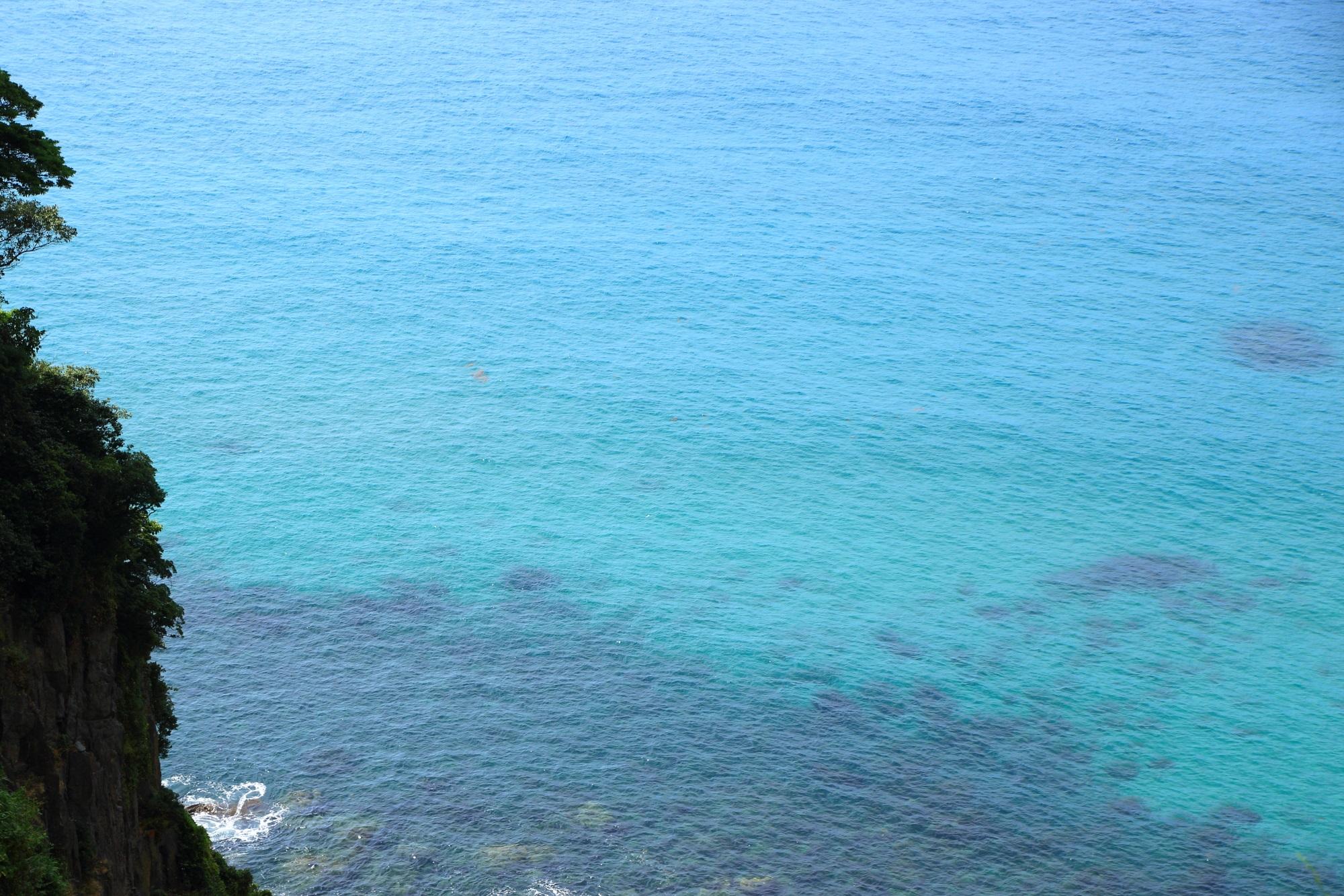 京丹後市のマリンブルーの綺麗すぎる海