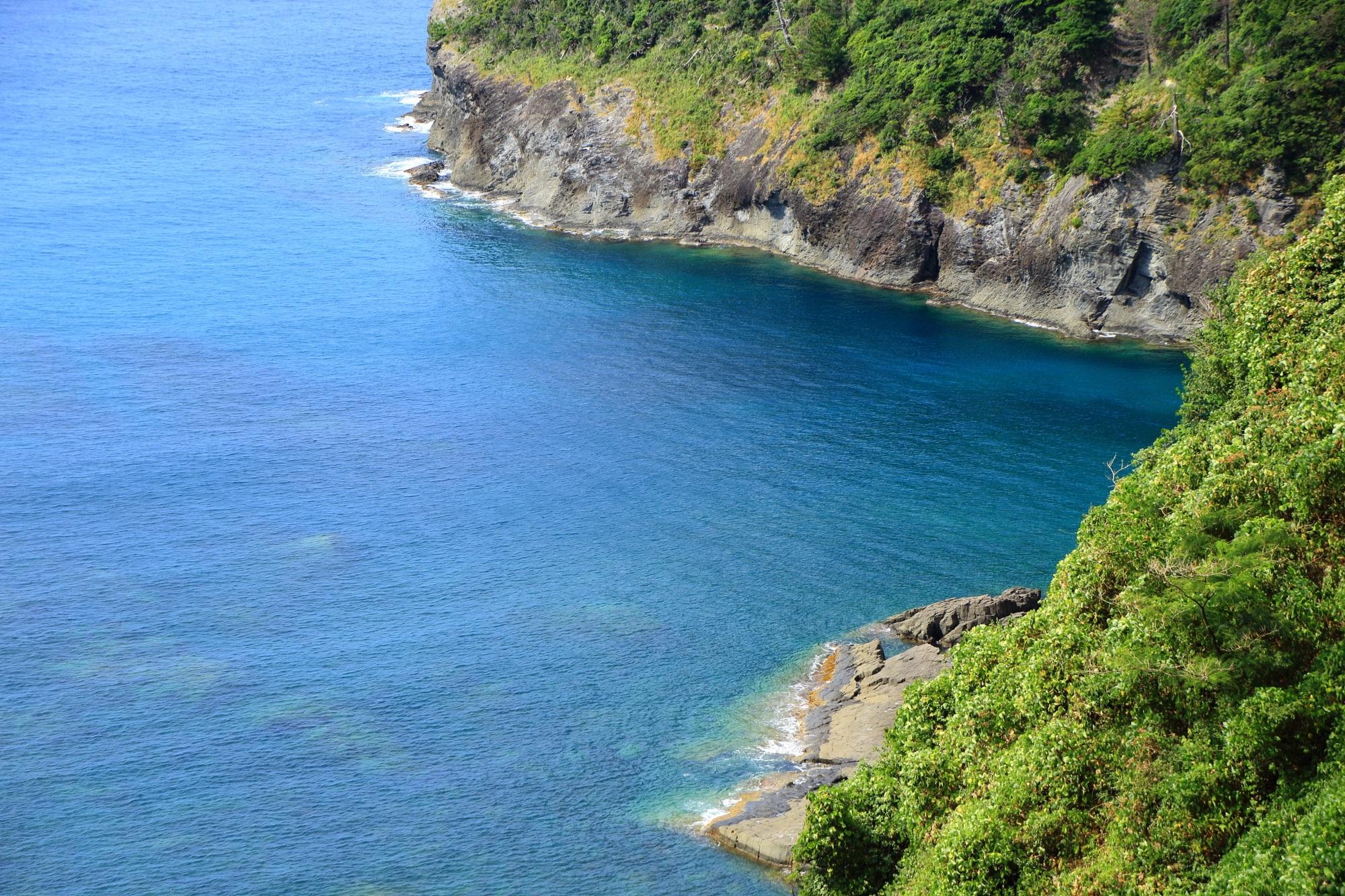 歩かないと取れない犬ヶ岬と日本海の美しい景色