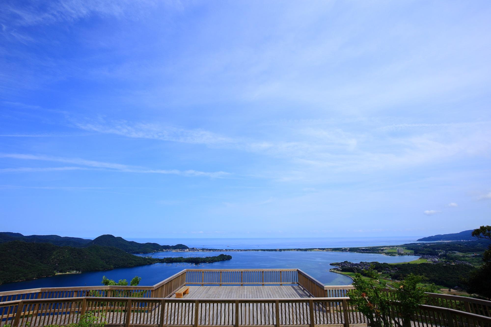 かぶと山展望台と久美浜湾の絶景