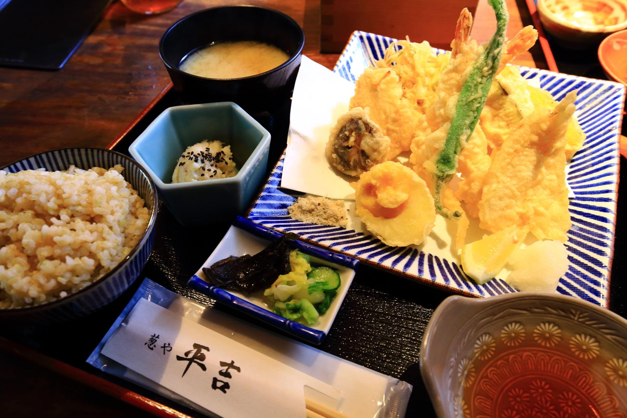 葱や天ぷら定食 葱や平吉 高瀬川店 葱と野菜の料理