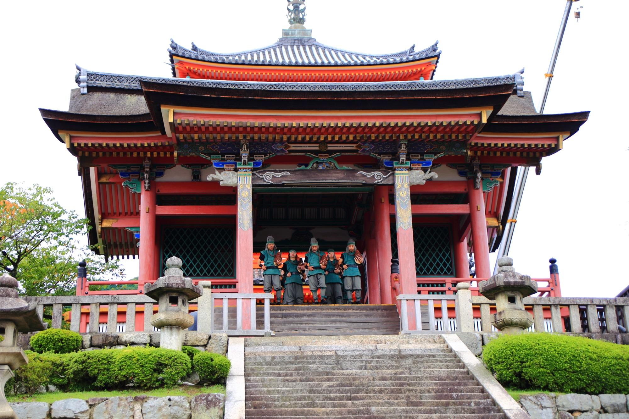 京都清水寺の青龍会(せいりゅうかい)行道
