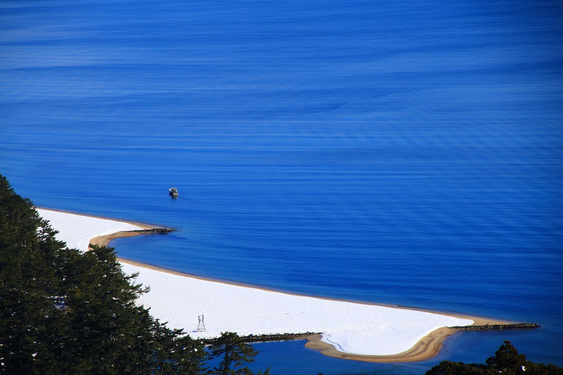 絶妙な穏やかな波模様