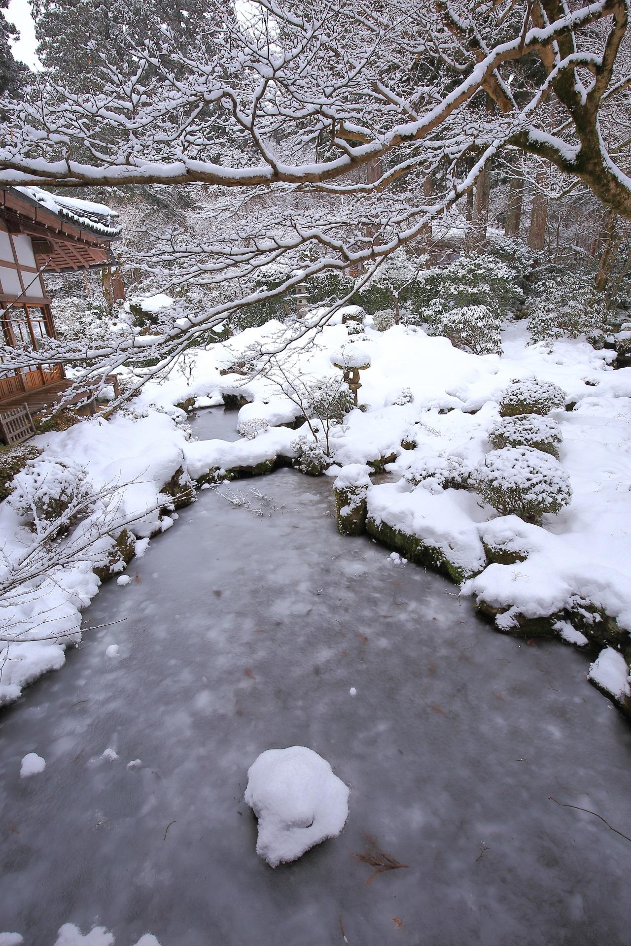 Kyoto Ohara Sanzen-in Temple snowy landscape