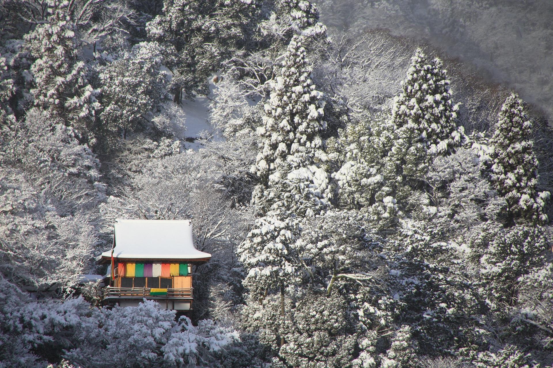 大悲閣千光寺の雪景色