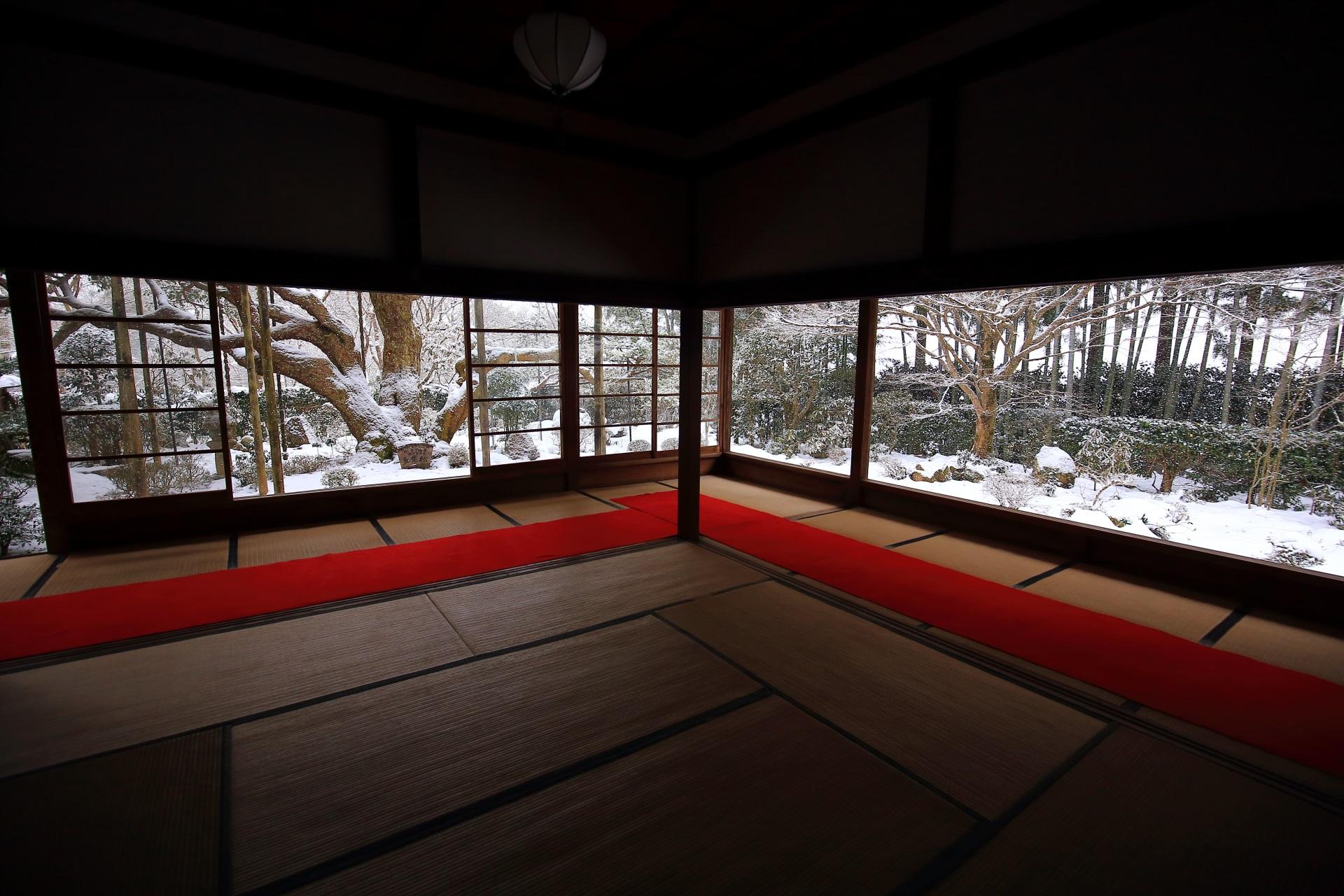 冬の大原宝泉院の素晴らしい雪景色