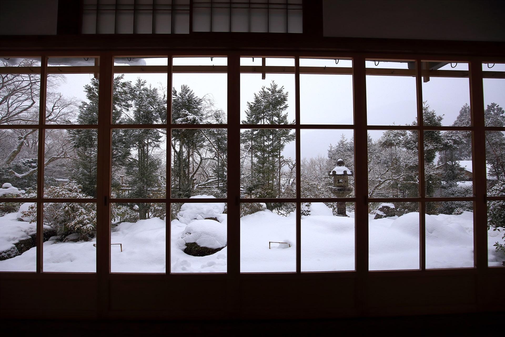 旧普賢院庭園(契心園)の雪景色