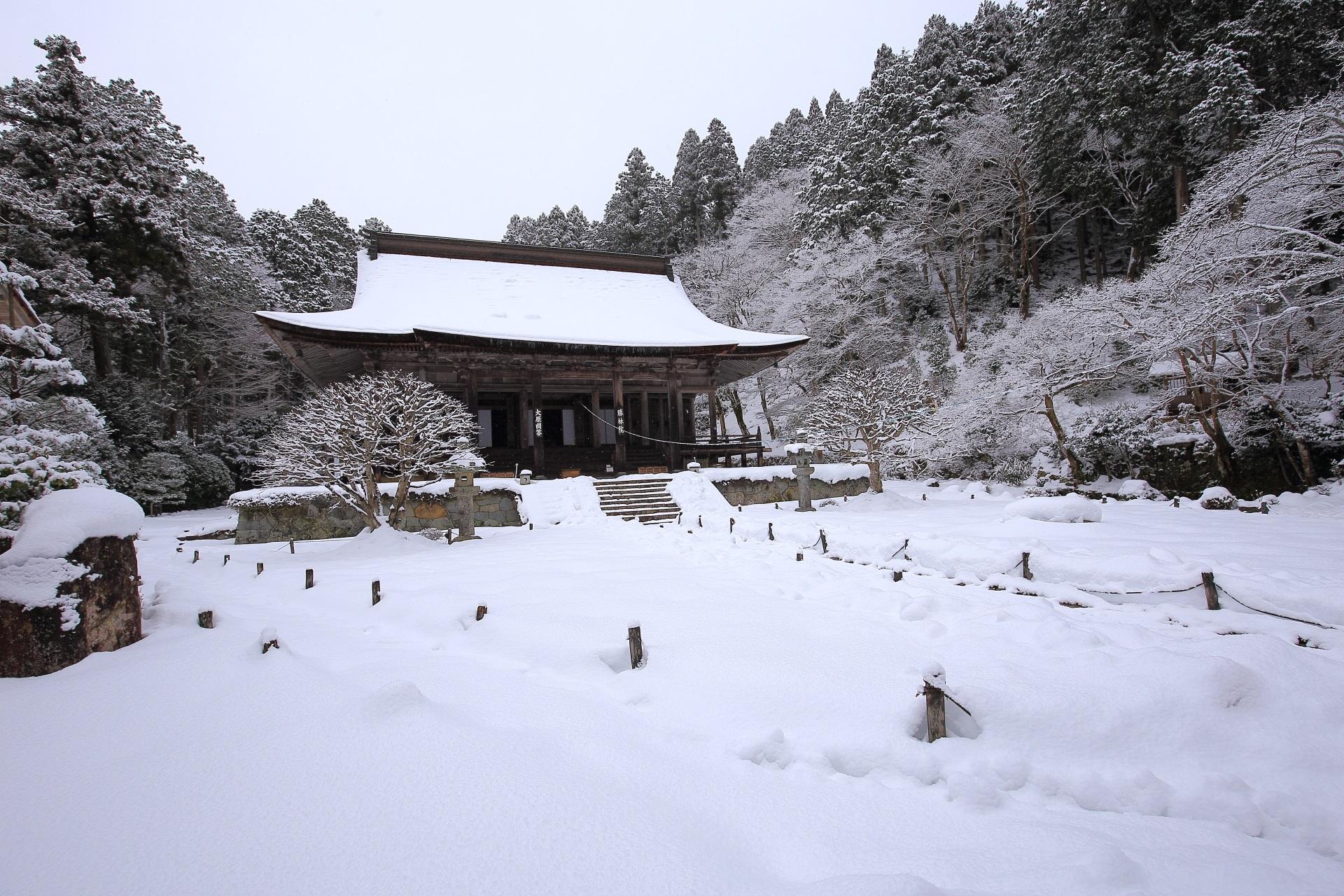 勝林院 雪 大原の真っ白に彩られた白銀の世界