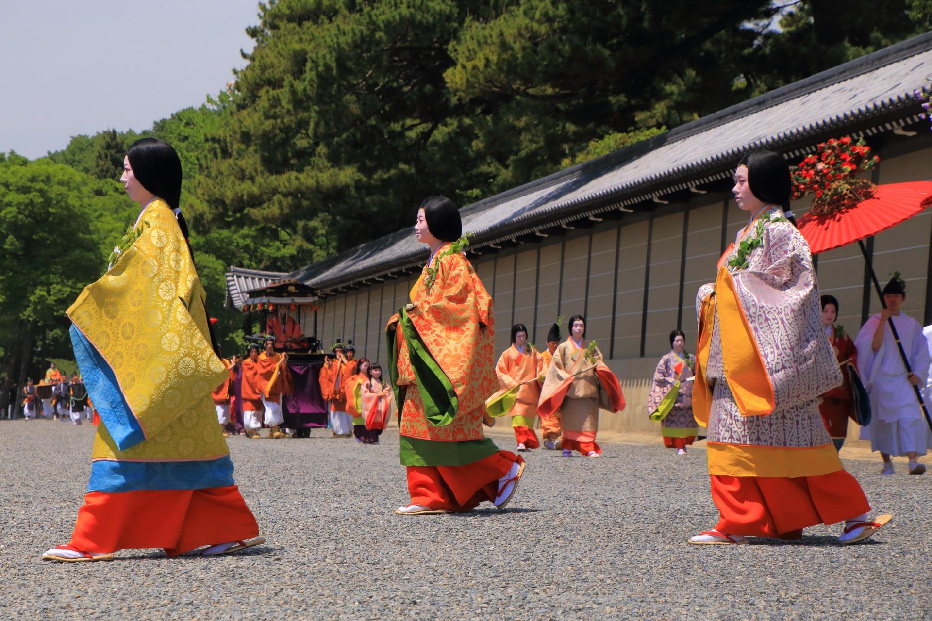 葵祭の艶やかな行列