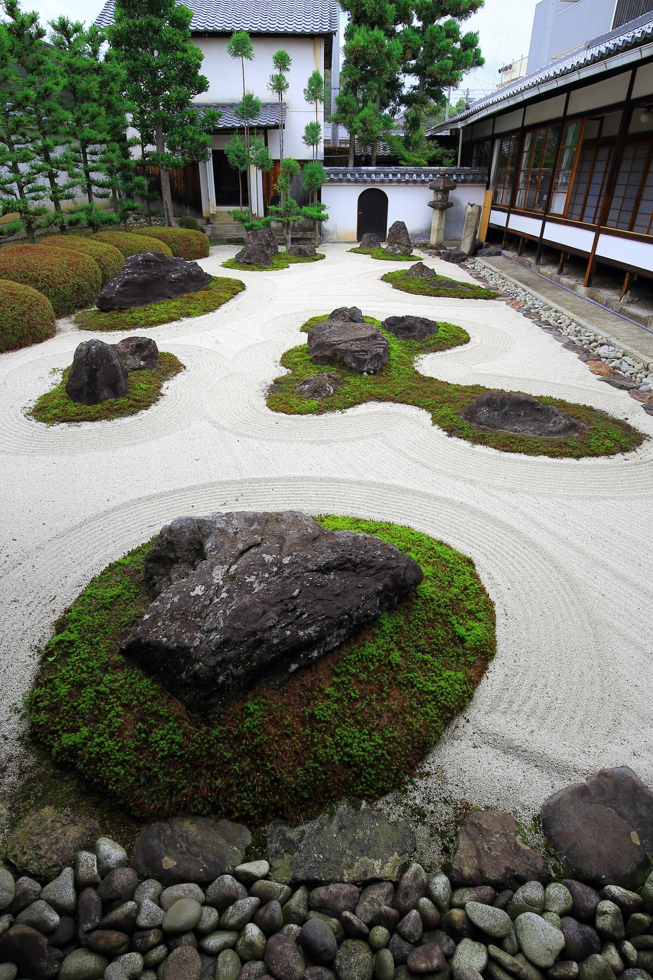 A garden named Juroku-Rakan-sekitei in Myorenji-Temple in Kyoto,Japan