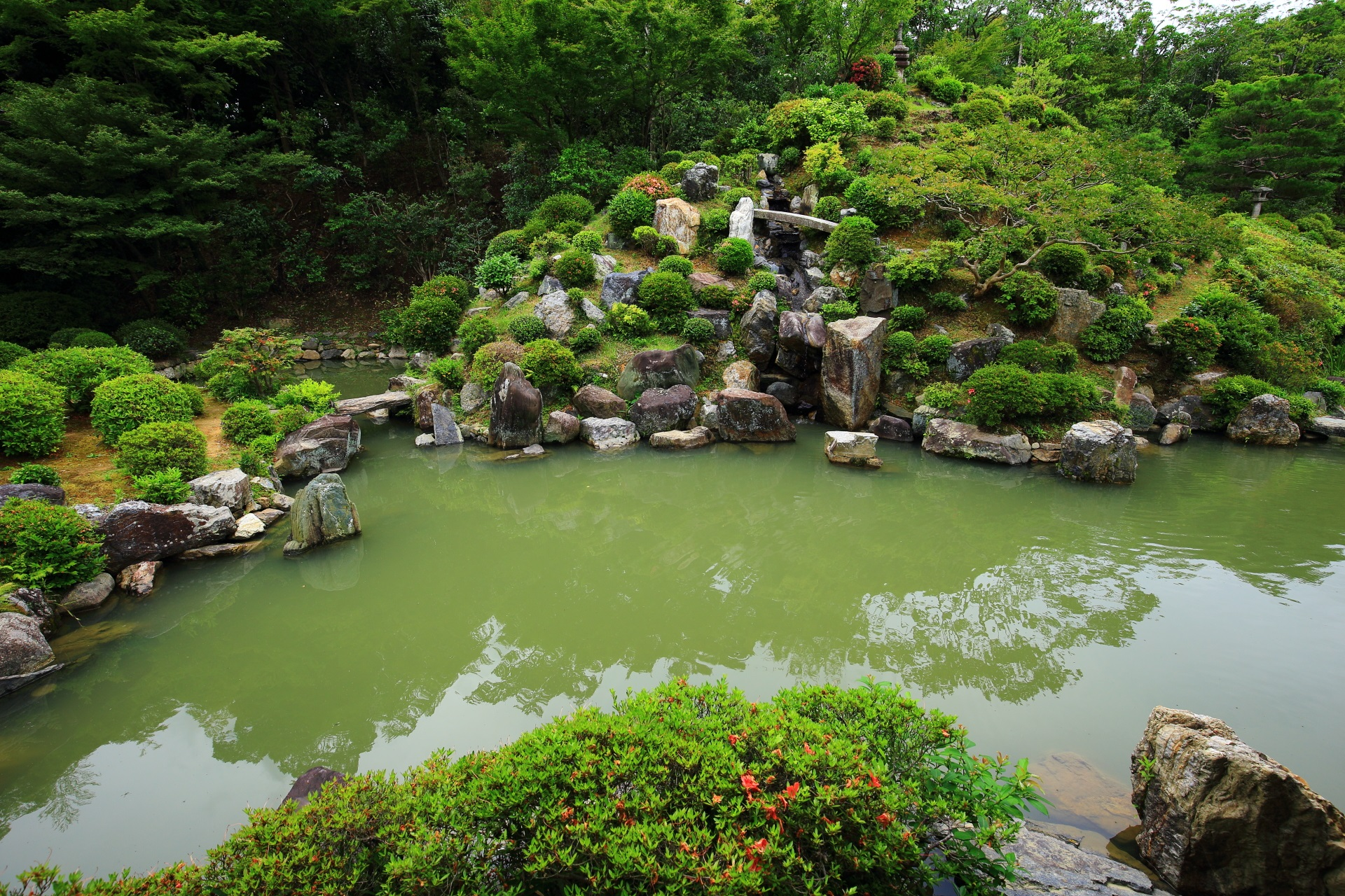 Water and rock garden of Chishaku-in Temple in Kyoto
