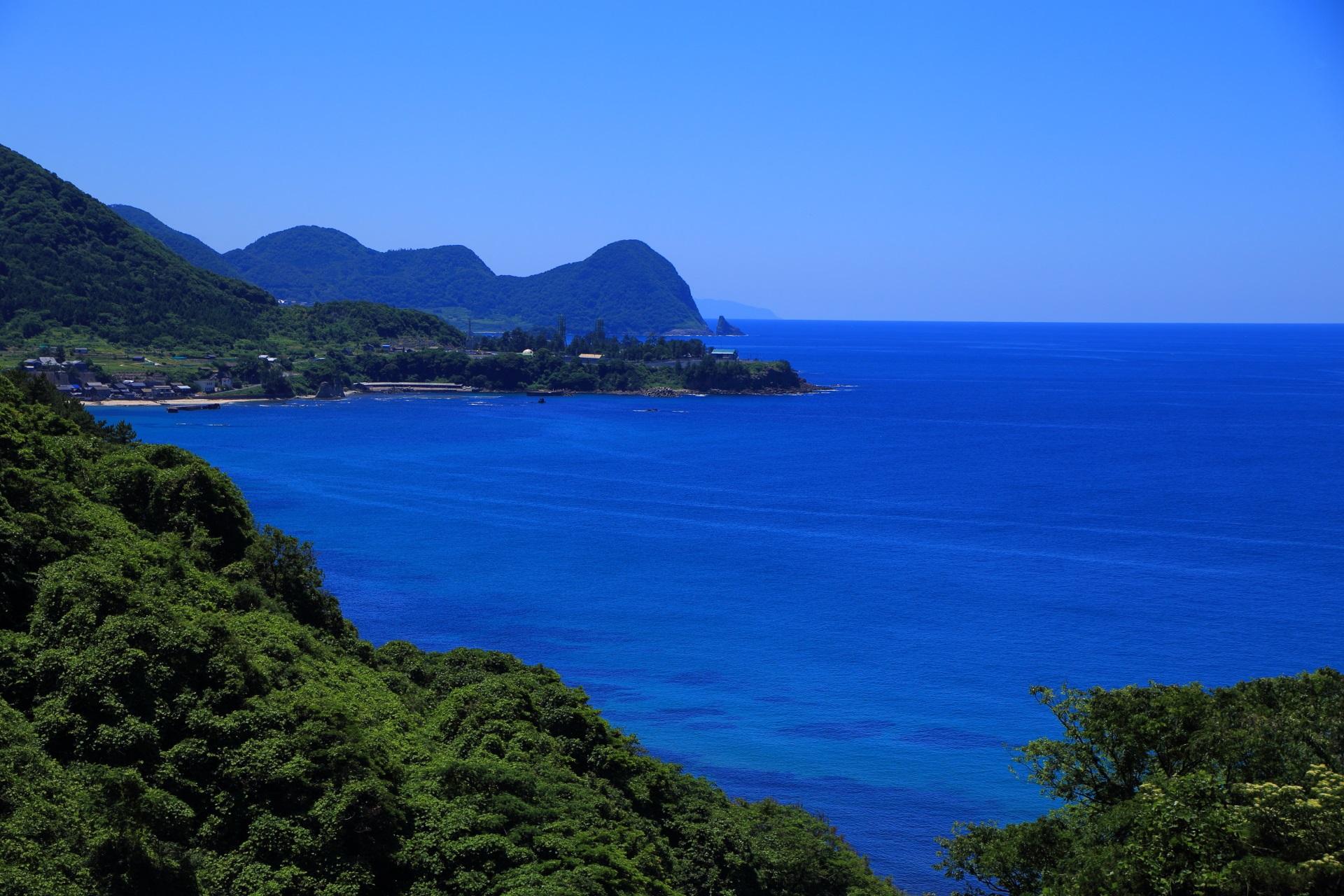 京丹後の経ヶ岬のある丹後町袖志(そでし)の美しい海