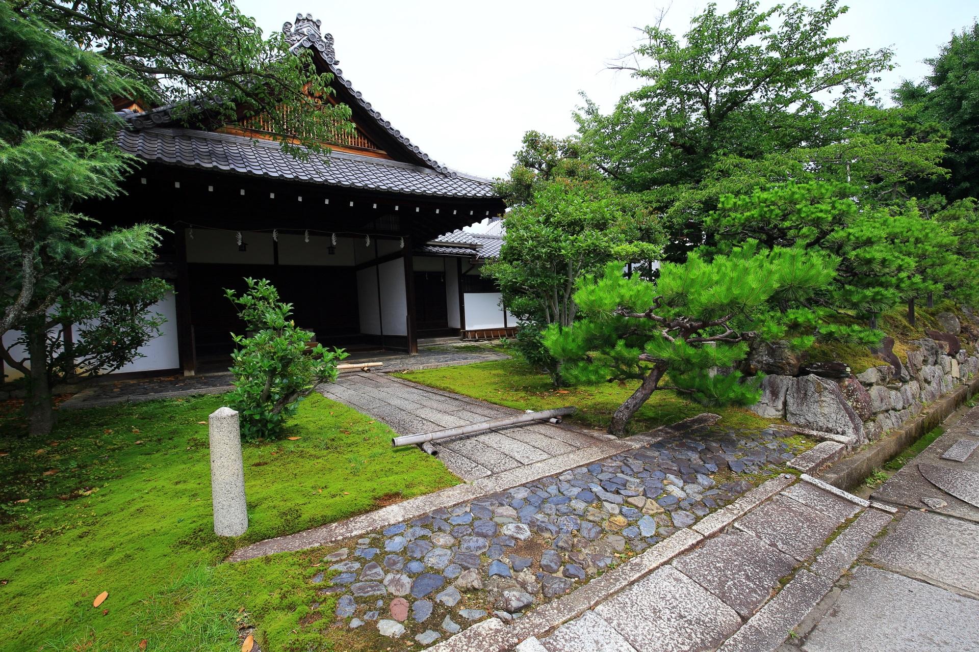立本寺の大玄関