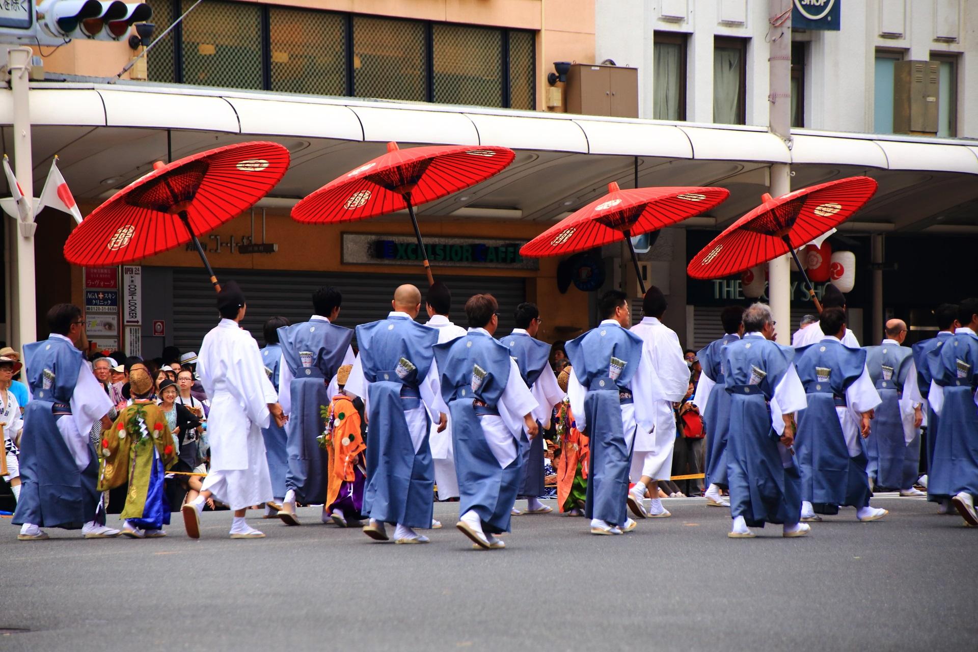和傘が美しい祇園祭の綾傘鉾