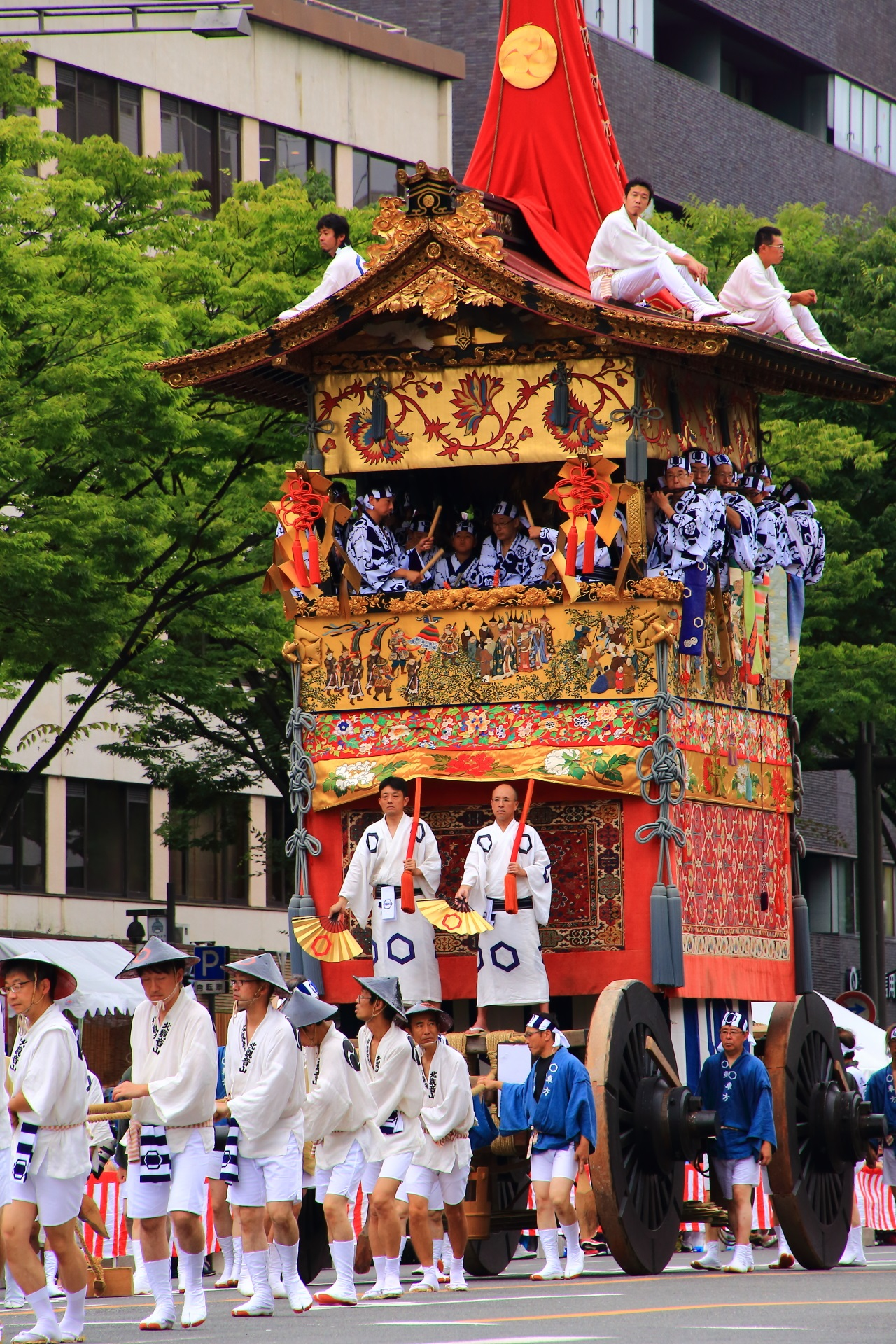 Kita-Kannon-Yama appeared in the Yama-Hoko Junko Cruise of the Kyoto Gion-Matsuri Festival