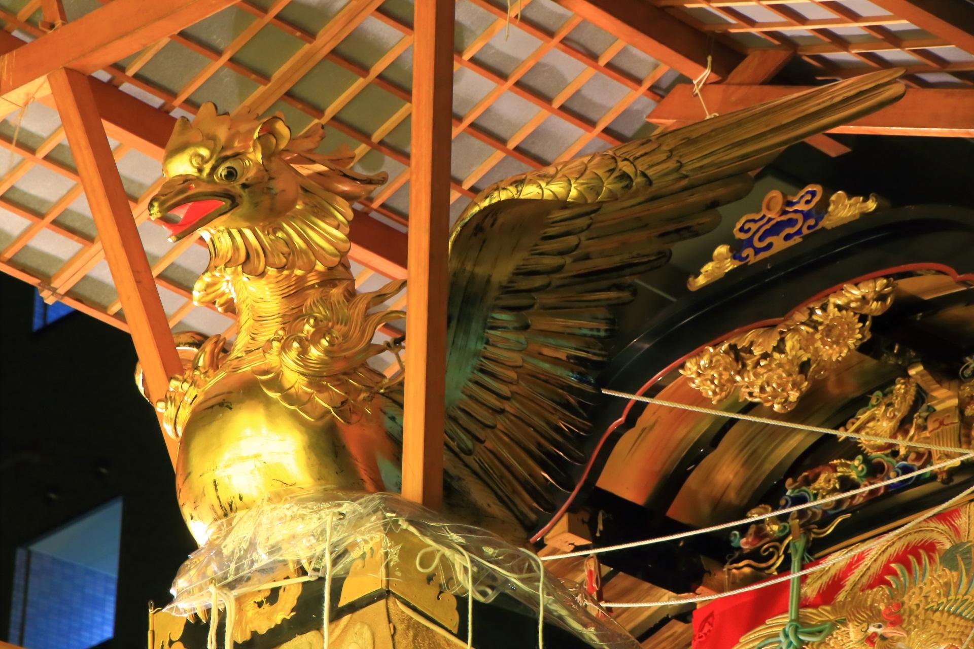 船鉾の金色の鷁(げき)