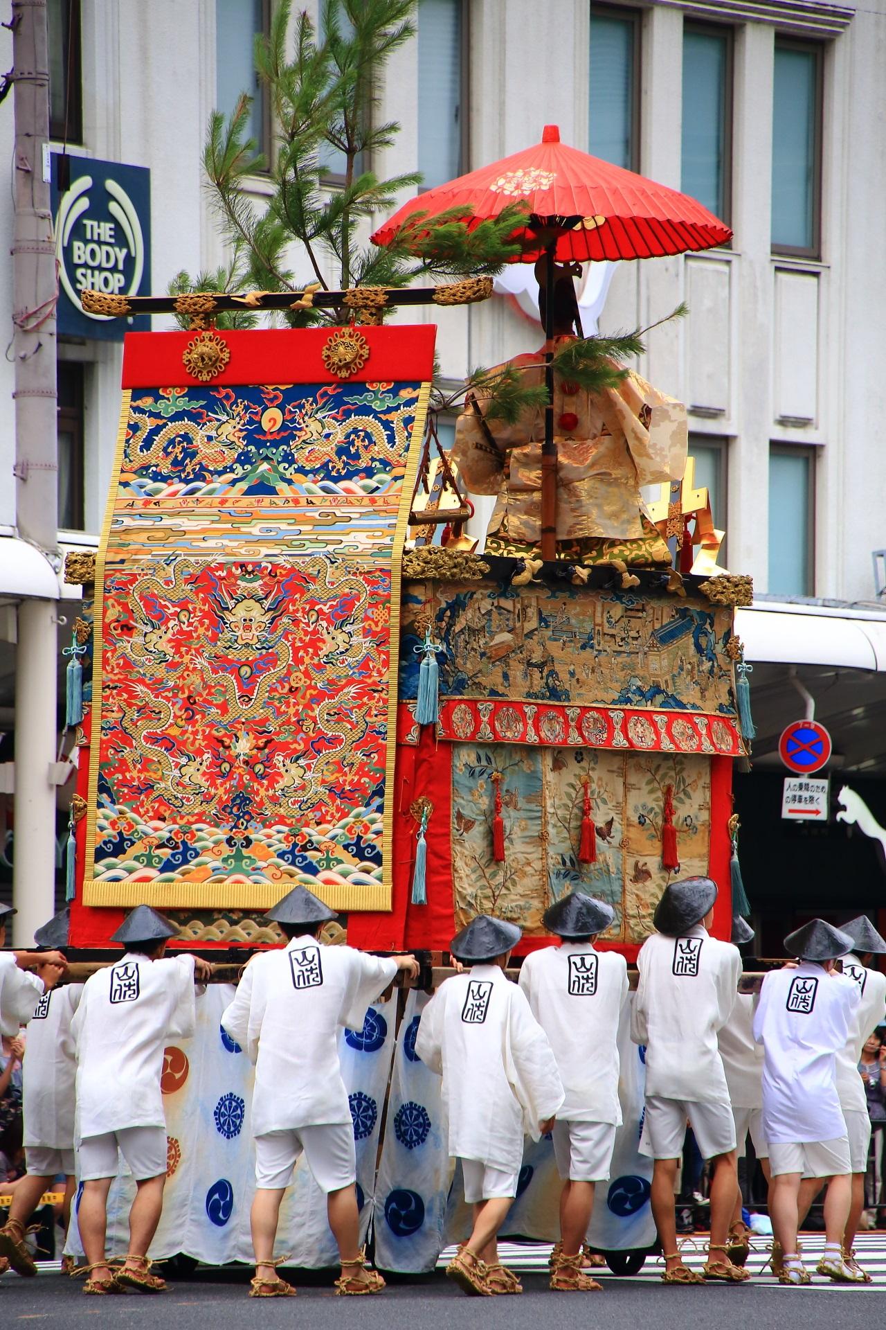 Yamahoko-Jyunko to be held at the Gion-Matsuri Festival