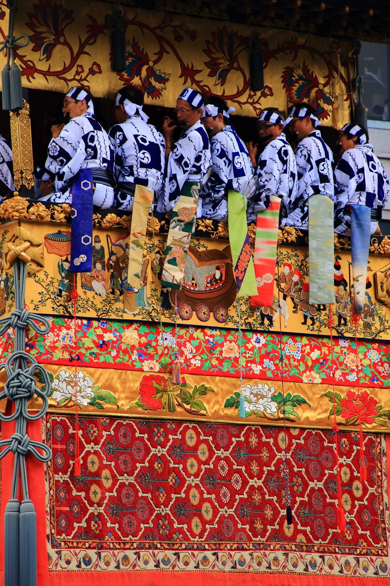 動く美術館と称される祇園祭