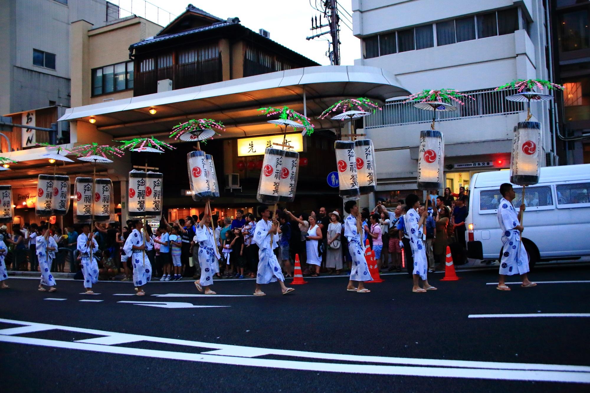 お迎提灯 祇園祭 三大祭