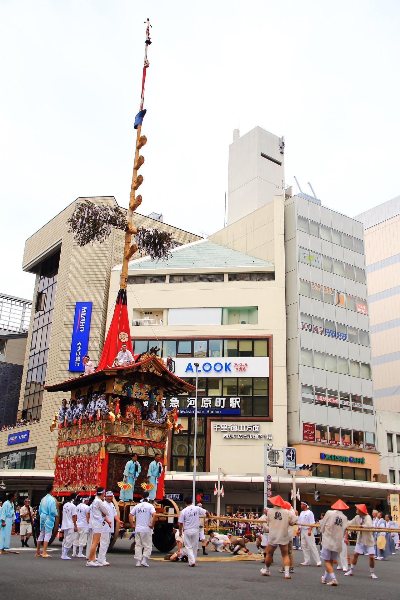 祇園祭の大きな鶏鉾