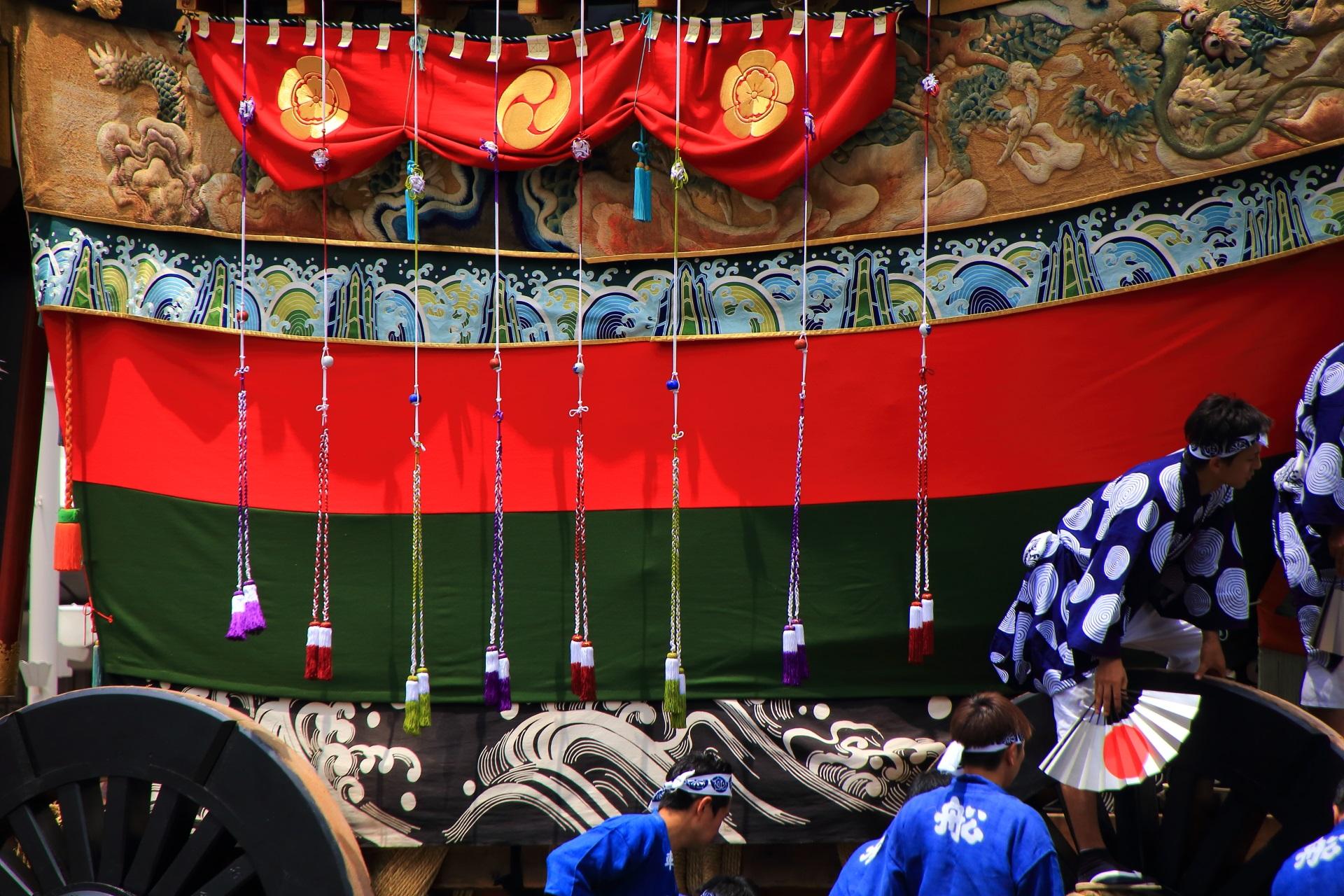 船鉾の色とりどりの飾り紐