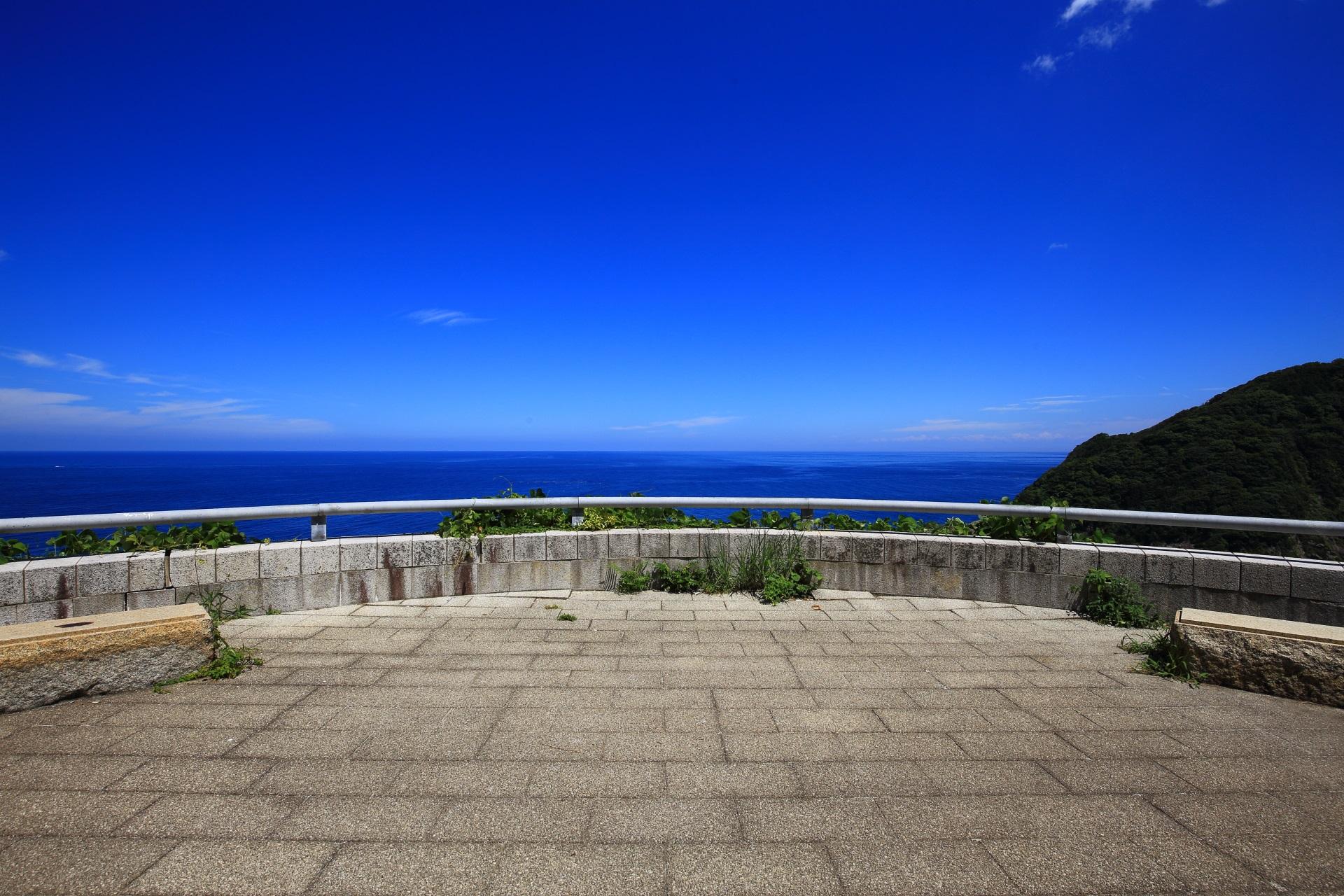蒲入ロードパーク(カマヤ海岸展望所)