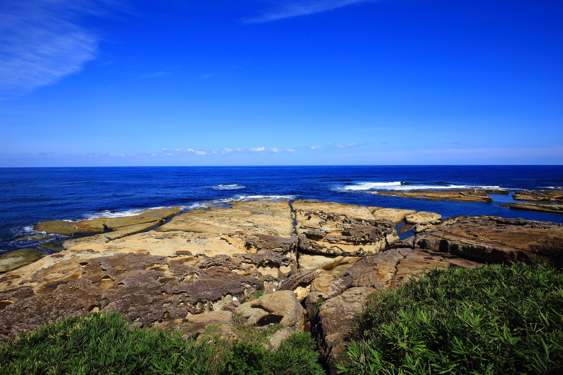 Goshikihama-Beach with beautiful sea of Kyotango and rocks of various colors