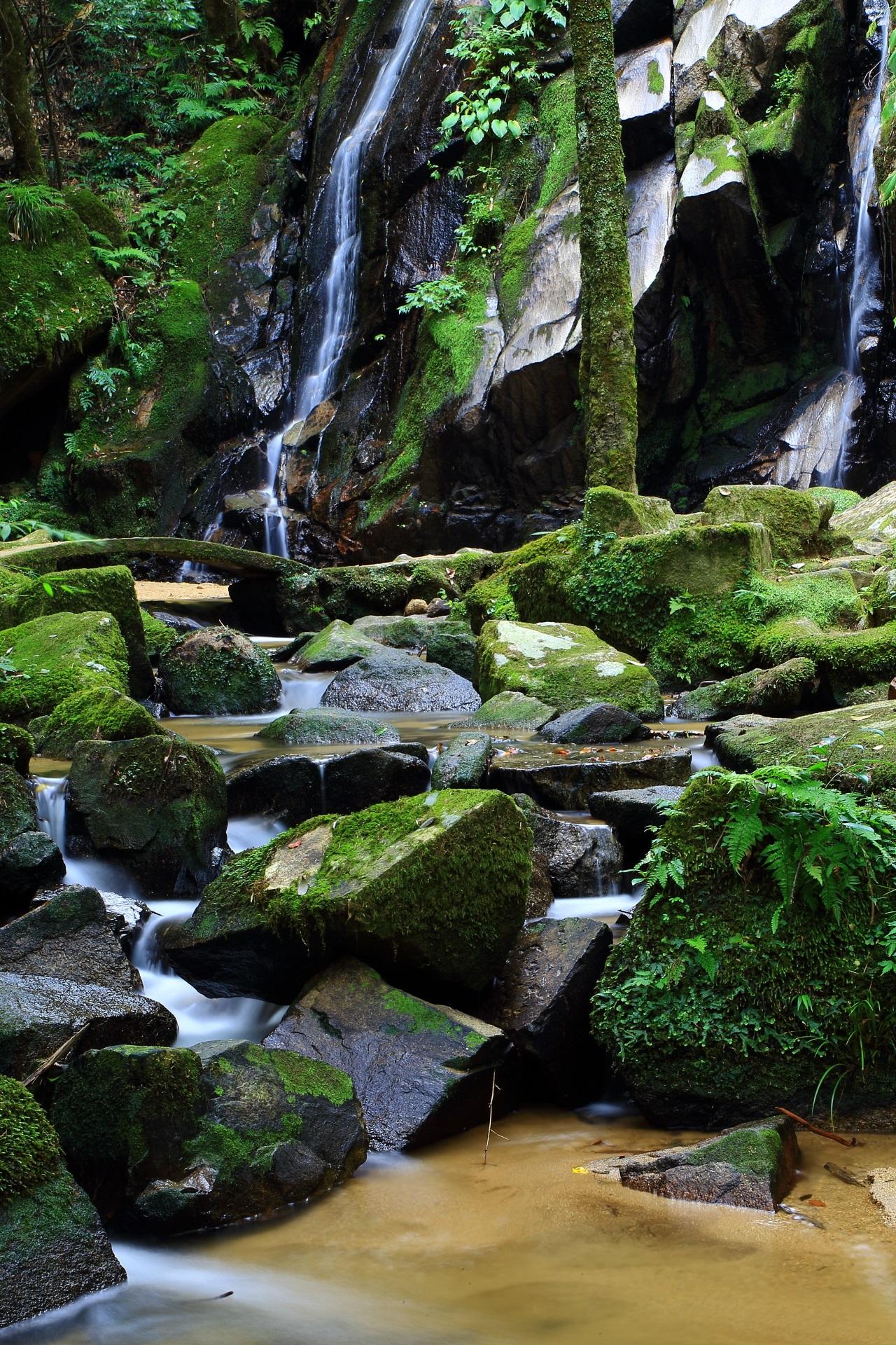 Beautiful Kanabiki-no-taki Waterfall in Kyoto