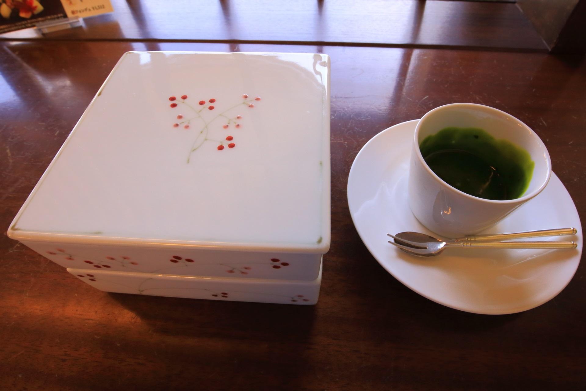 京洋菓子司ジュヴァンセルの祇園店限定の祇園フォンデュ