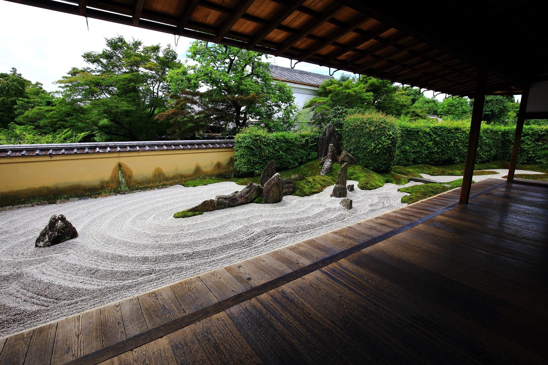 瑞峯院の独坐庭(どくざてい)(方丈前庭園)