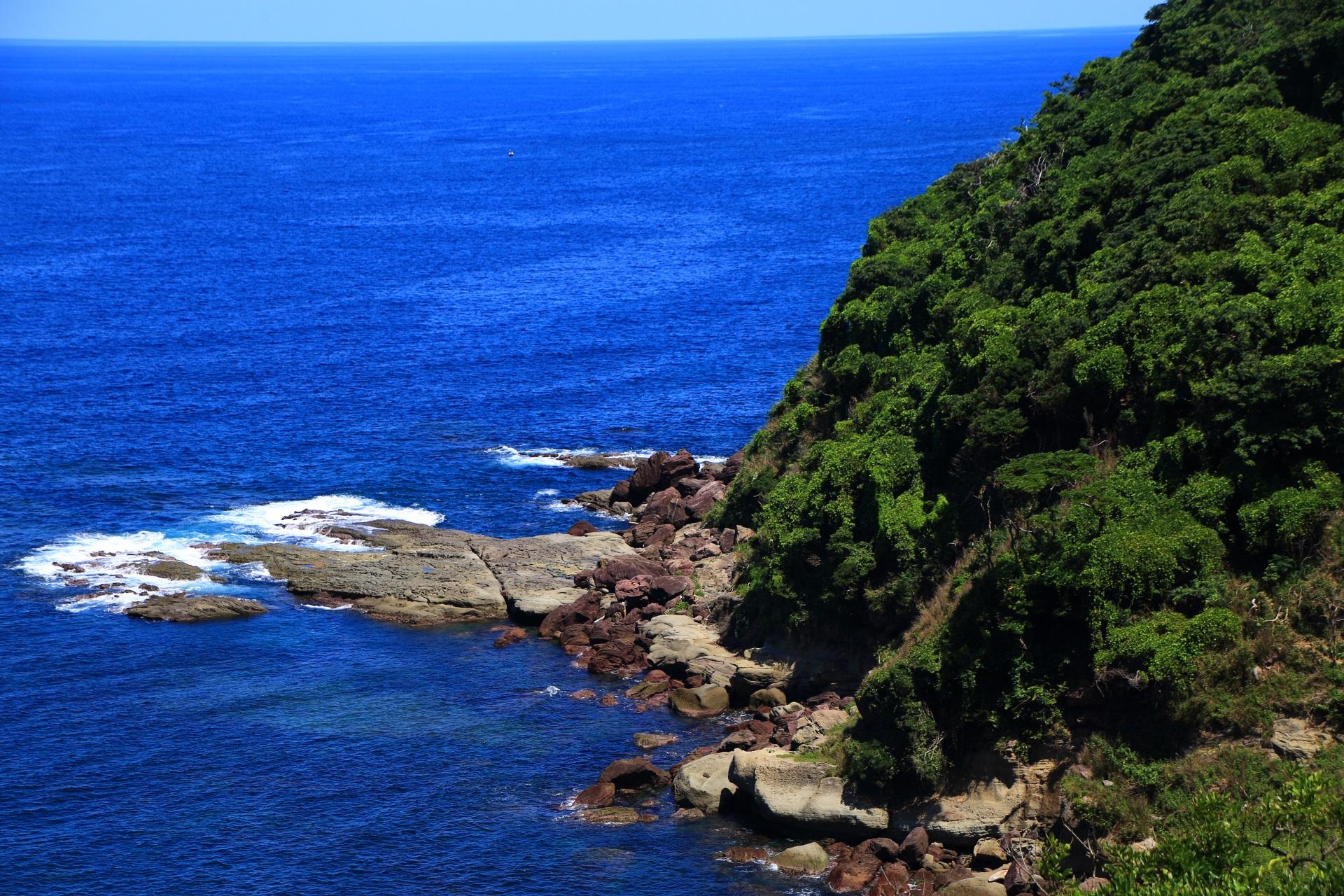 五色浜の見事な海の景色