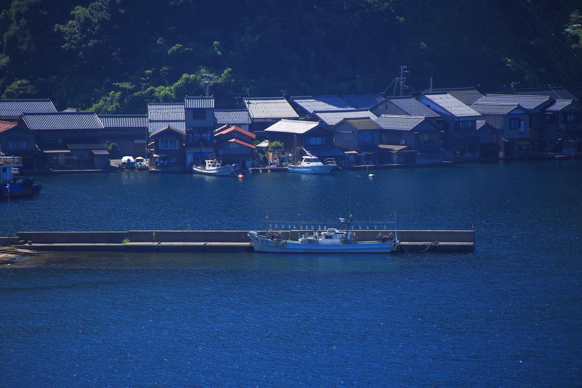 伊根湾の漁船や船舶