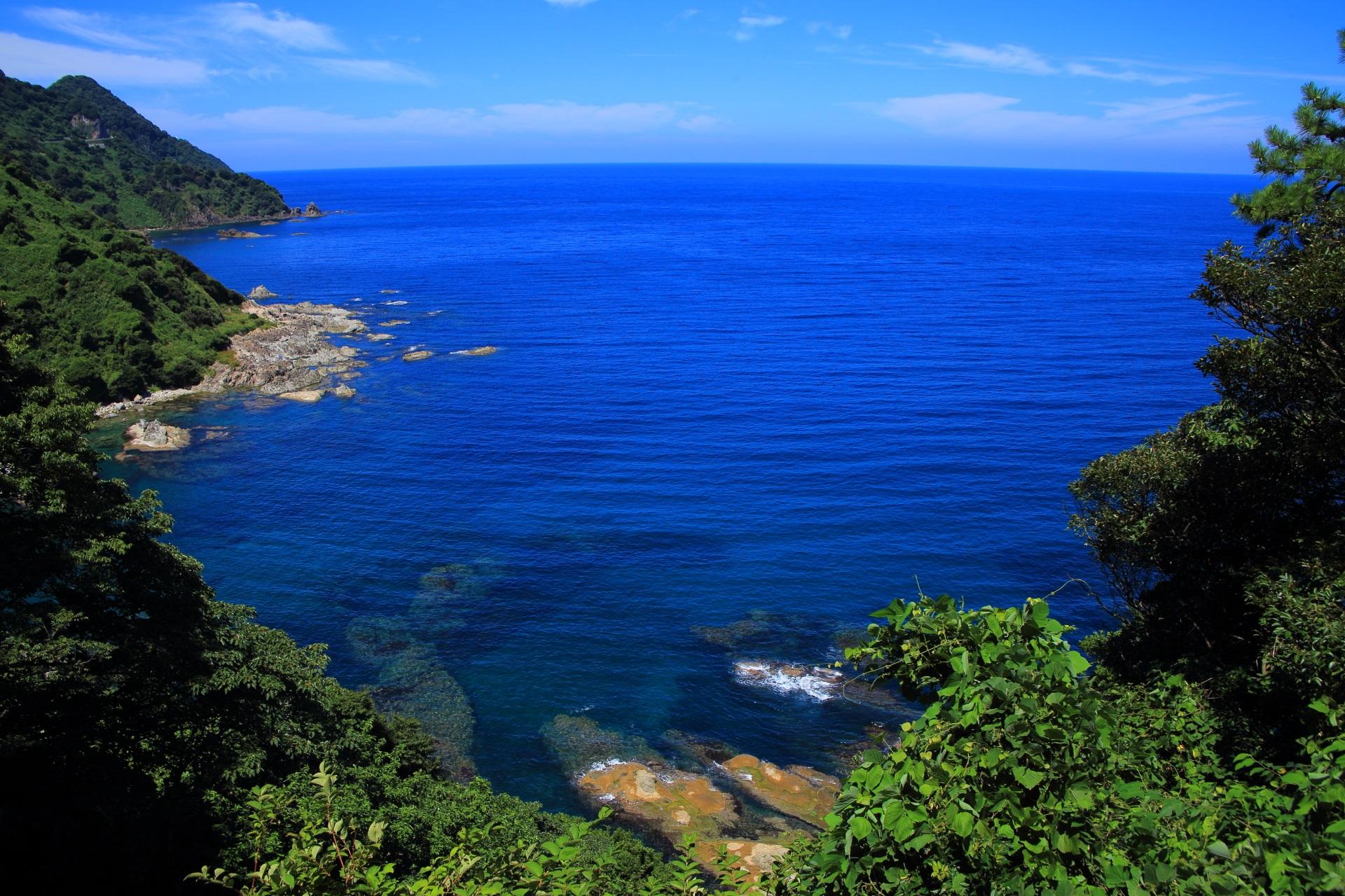 カマヤ海岸と北の経ヶ岬