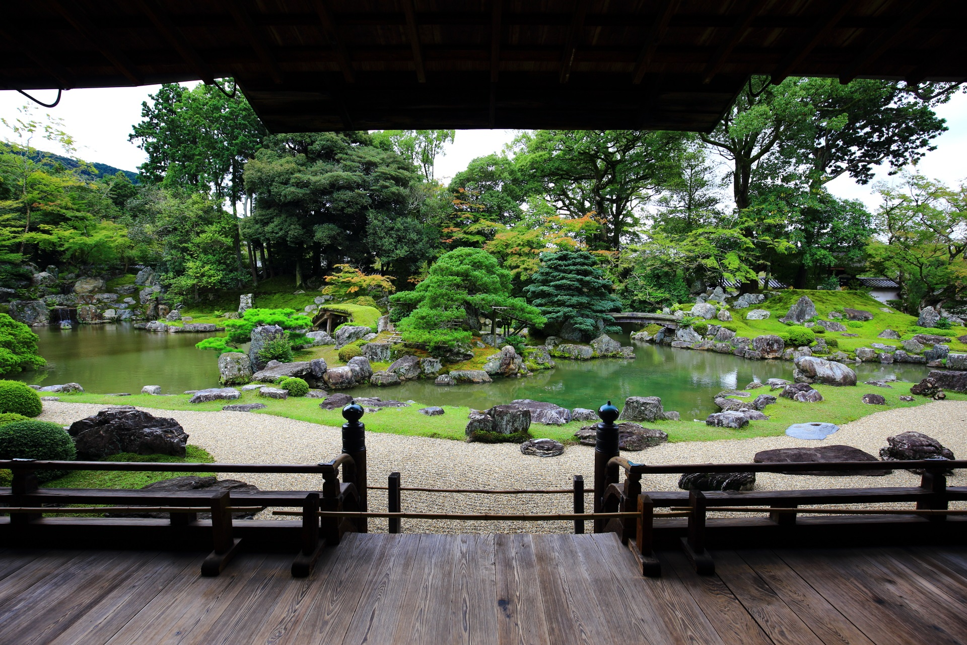 醍醐寺三宝院の書院正面の庭園