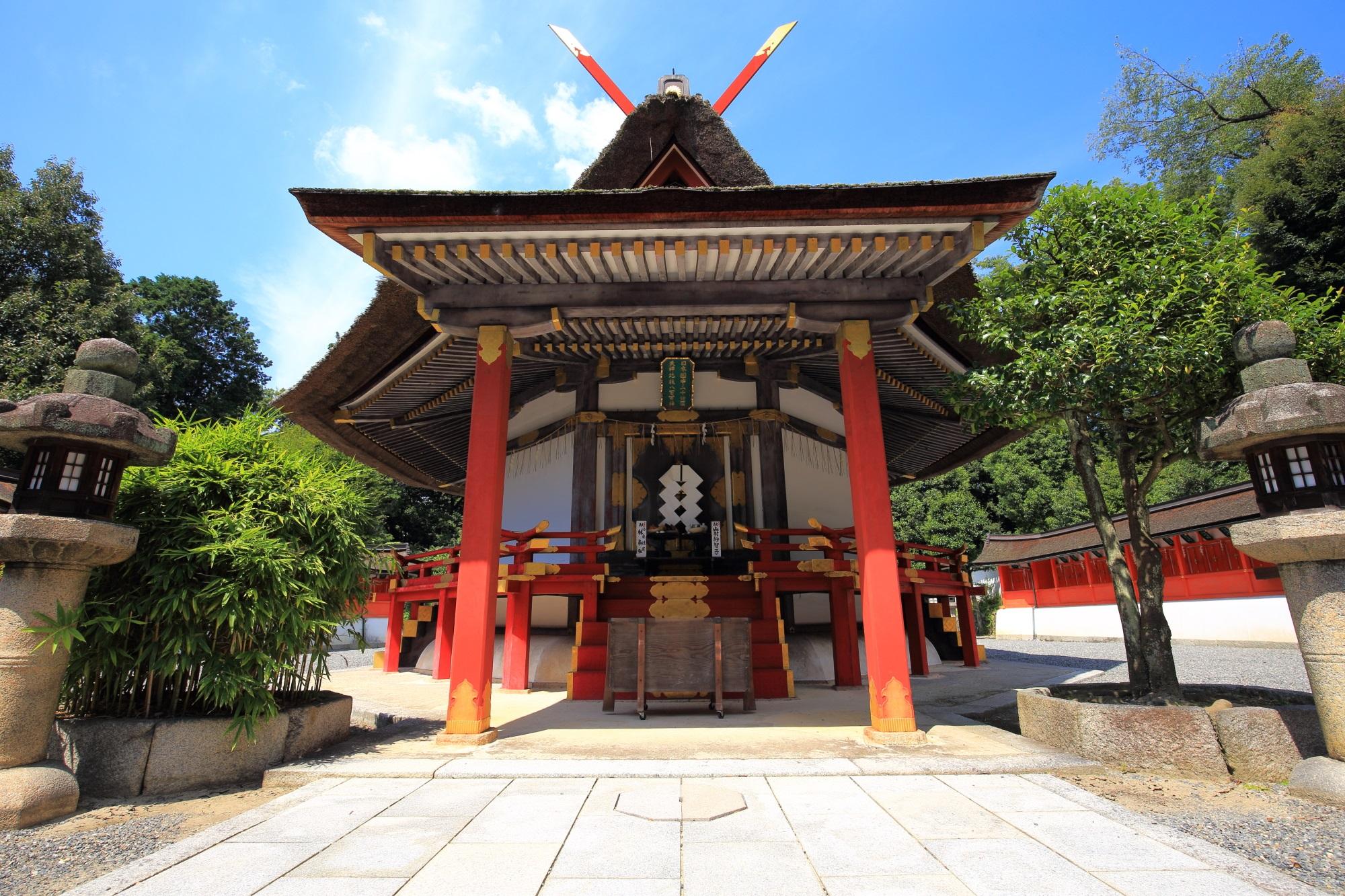 厄払いの吉田神社の末社の斎場所大元宮