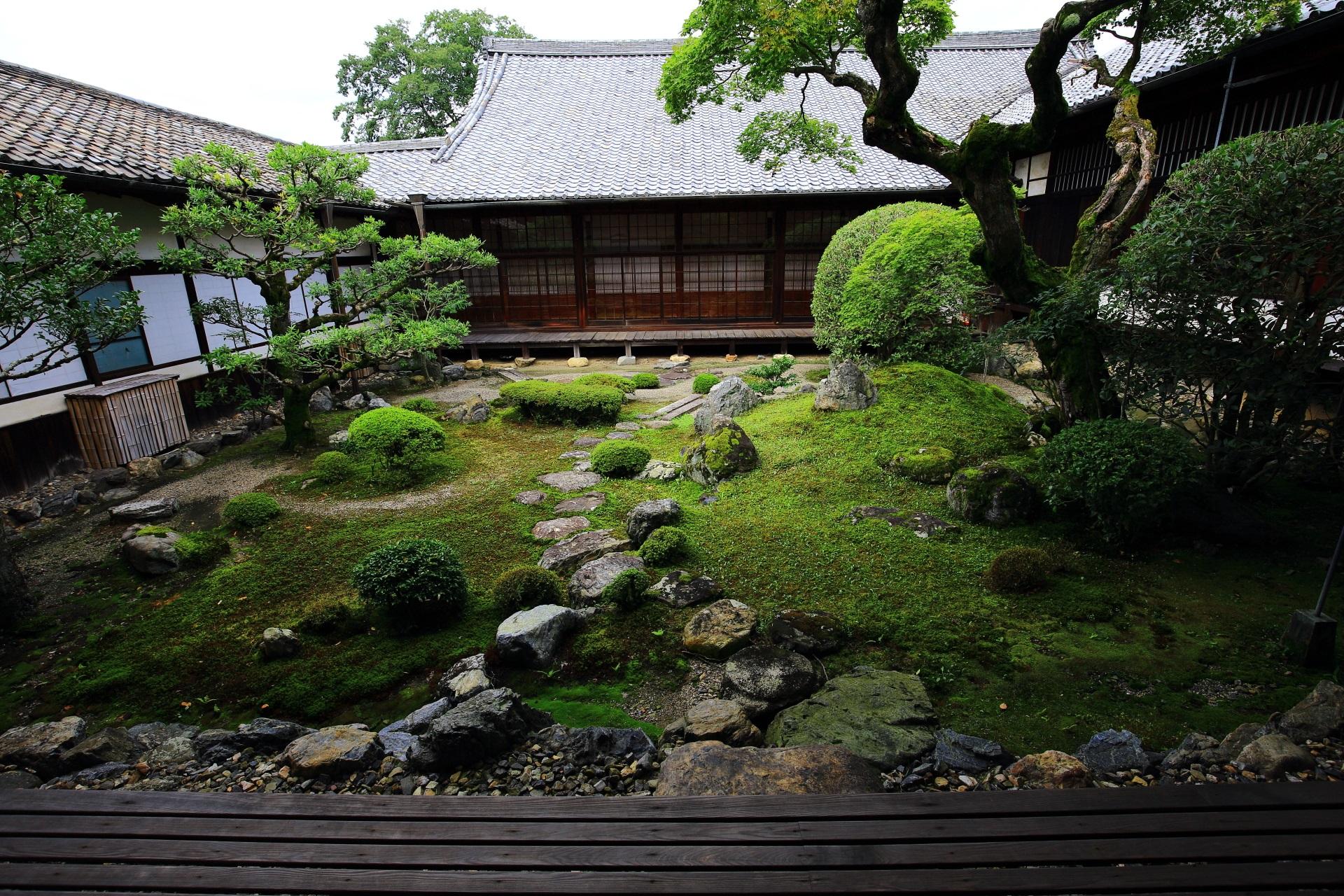 三宝院の書院中庭