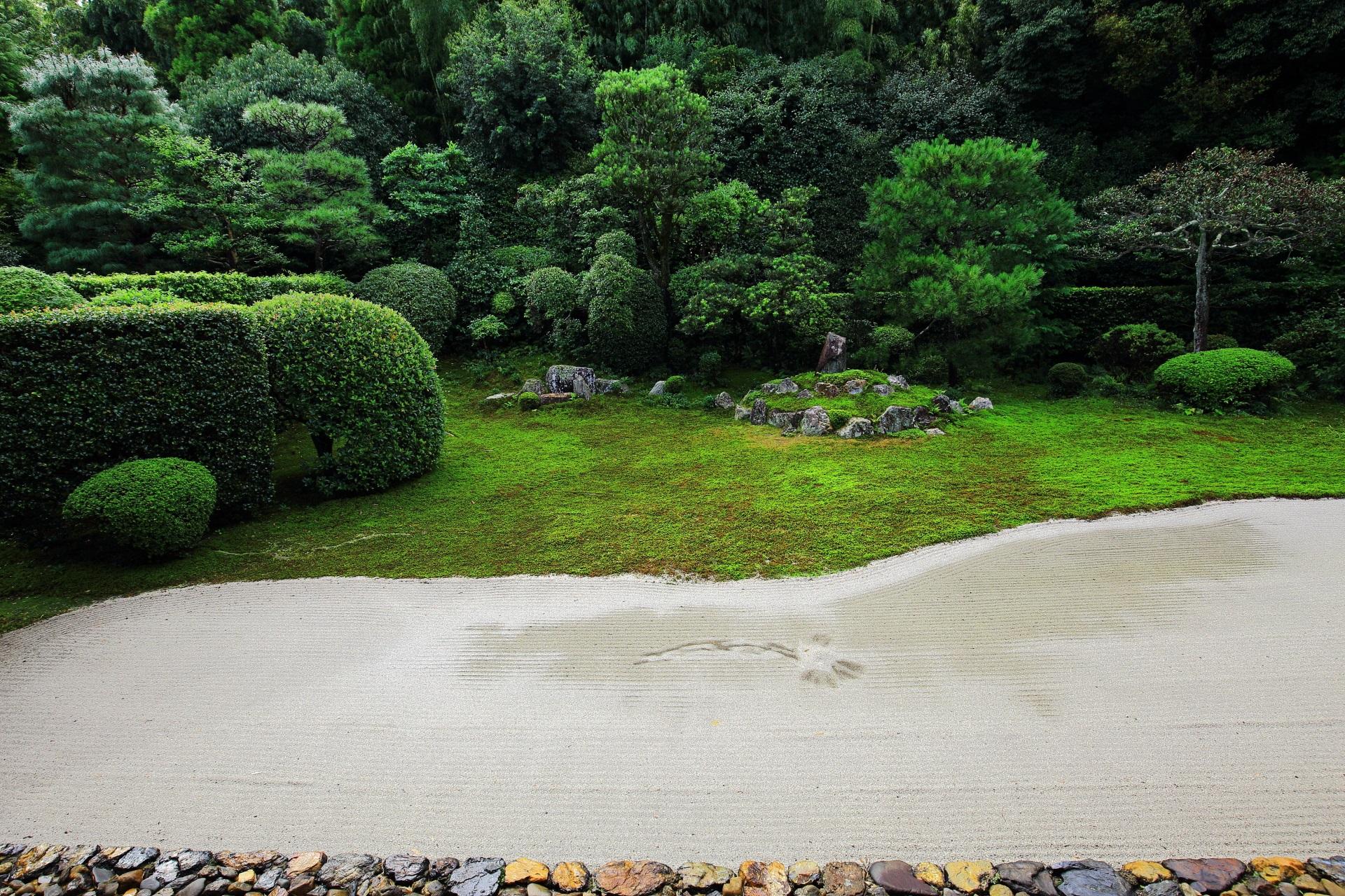 重森美玲が復元した鶴亀の庭