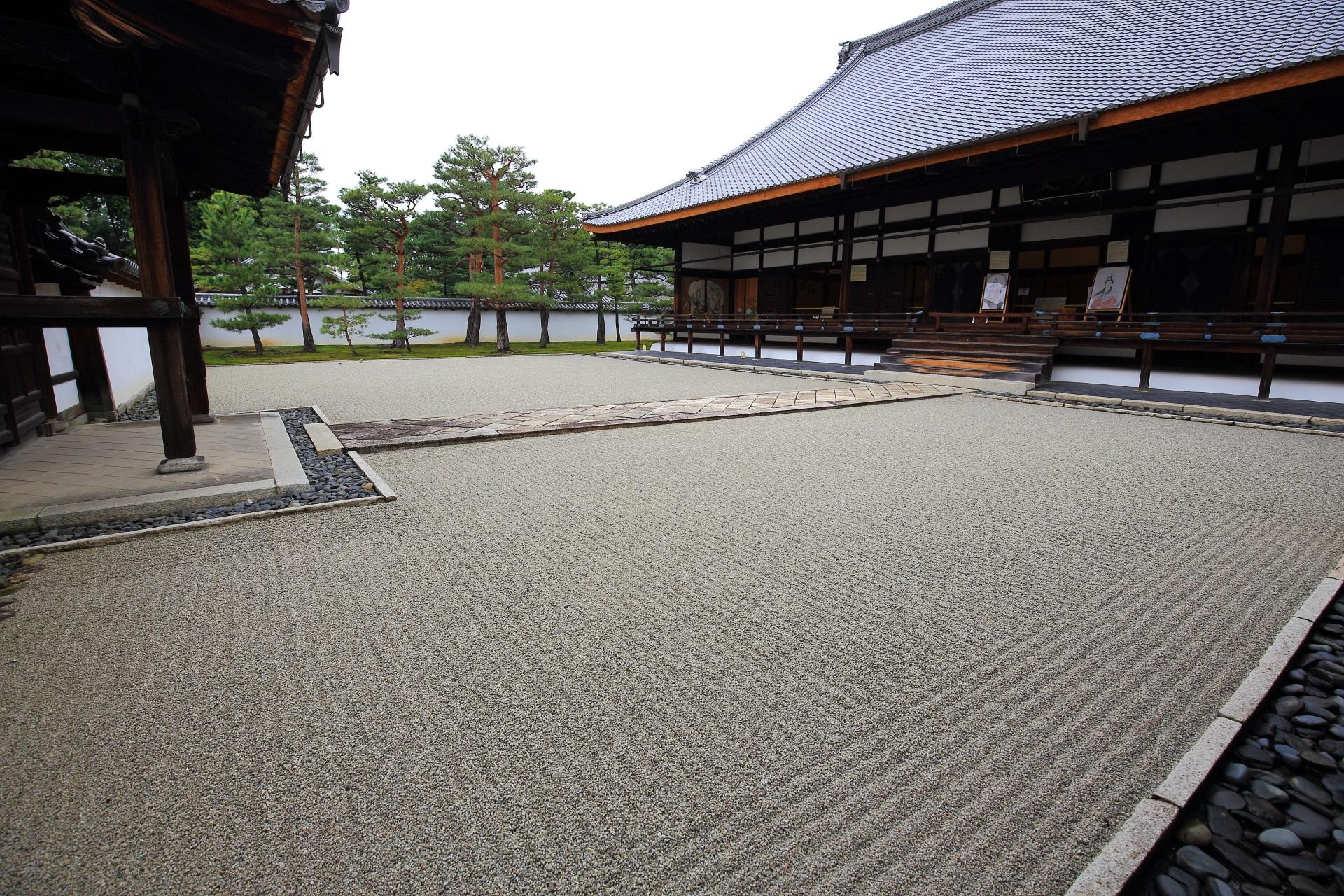 相国寺の方丈前庭