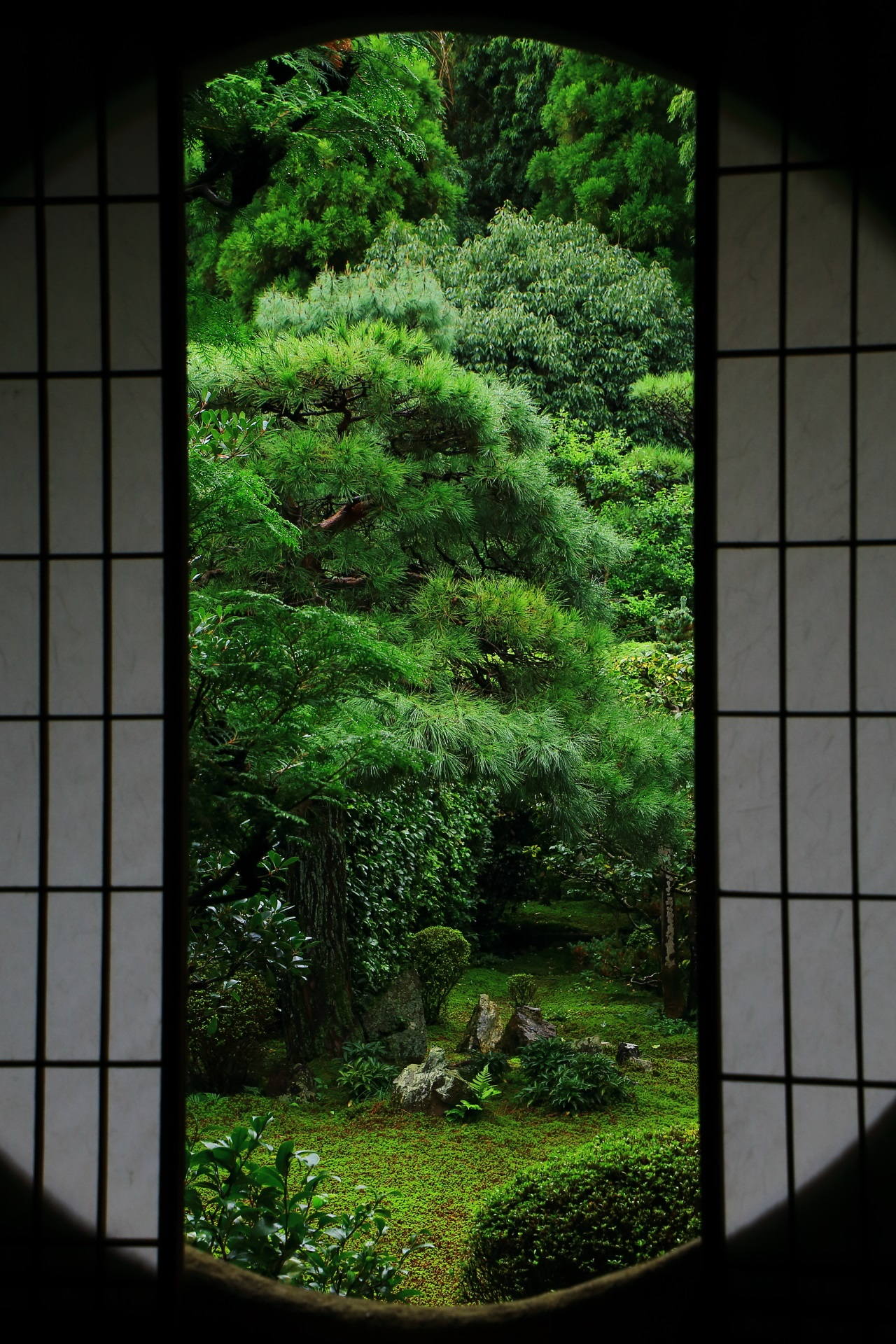 Round window and Garden of Funda-in Temple in Kyoto