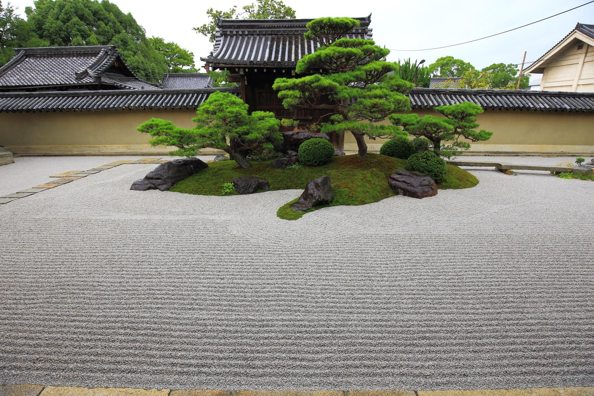 枯山水庭園の素晴らしい観智院(かんちいん)