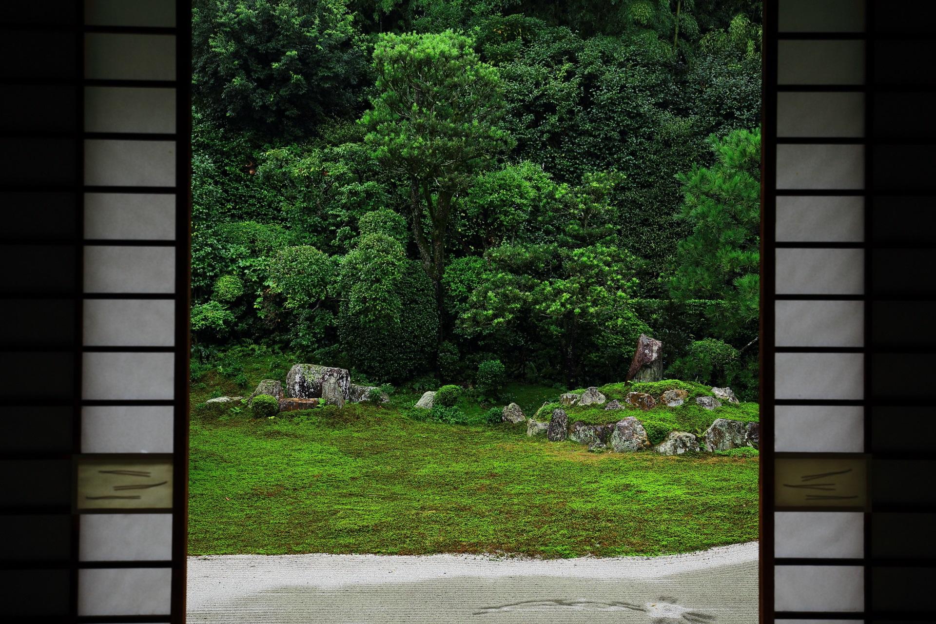 方丈から眺めた鶴島と亀島