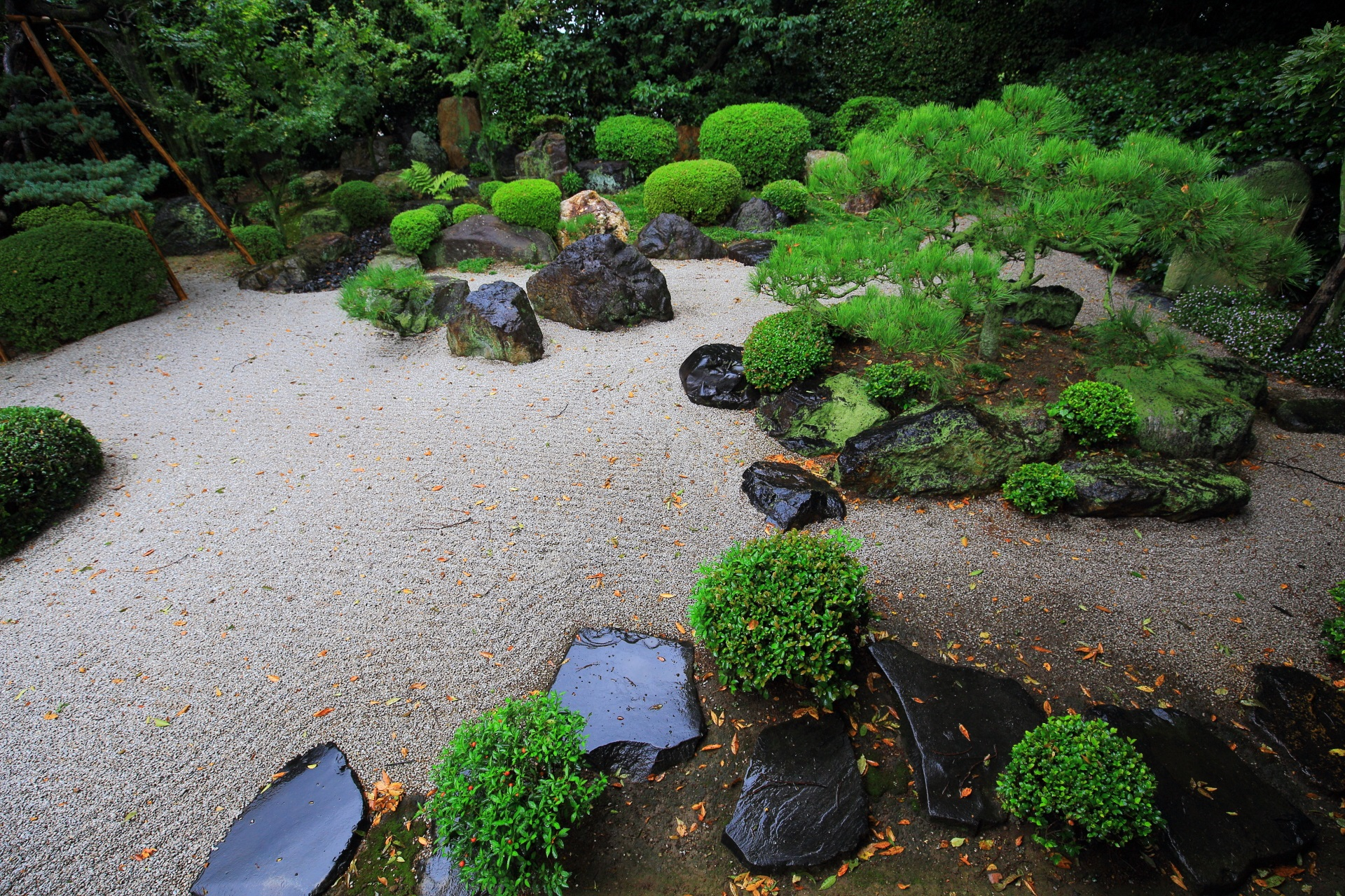 高画質 写真 御香宮神社 枯山水庭園