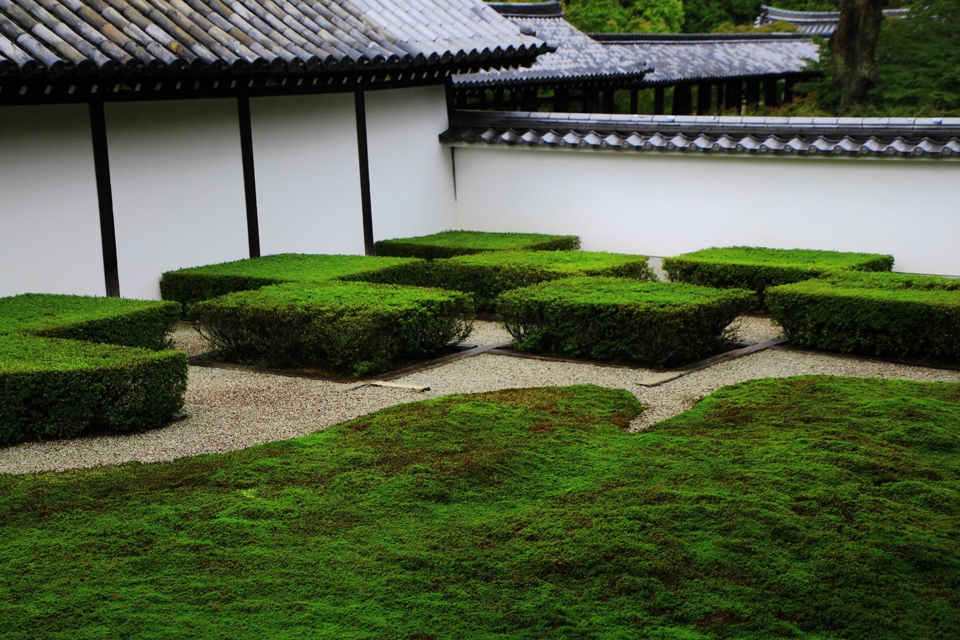 井田市松(せいでんいちまつ)の東福寺方丈西庭