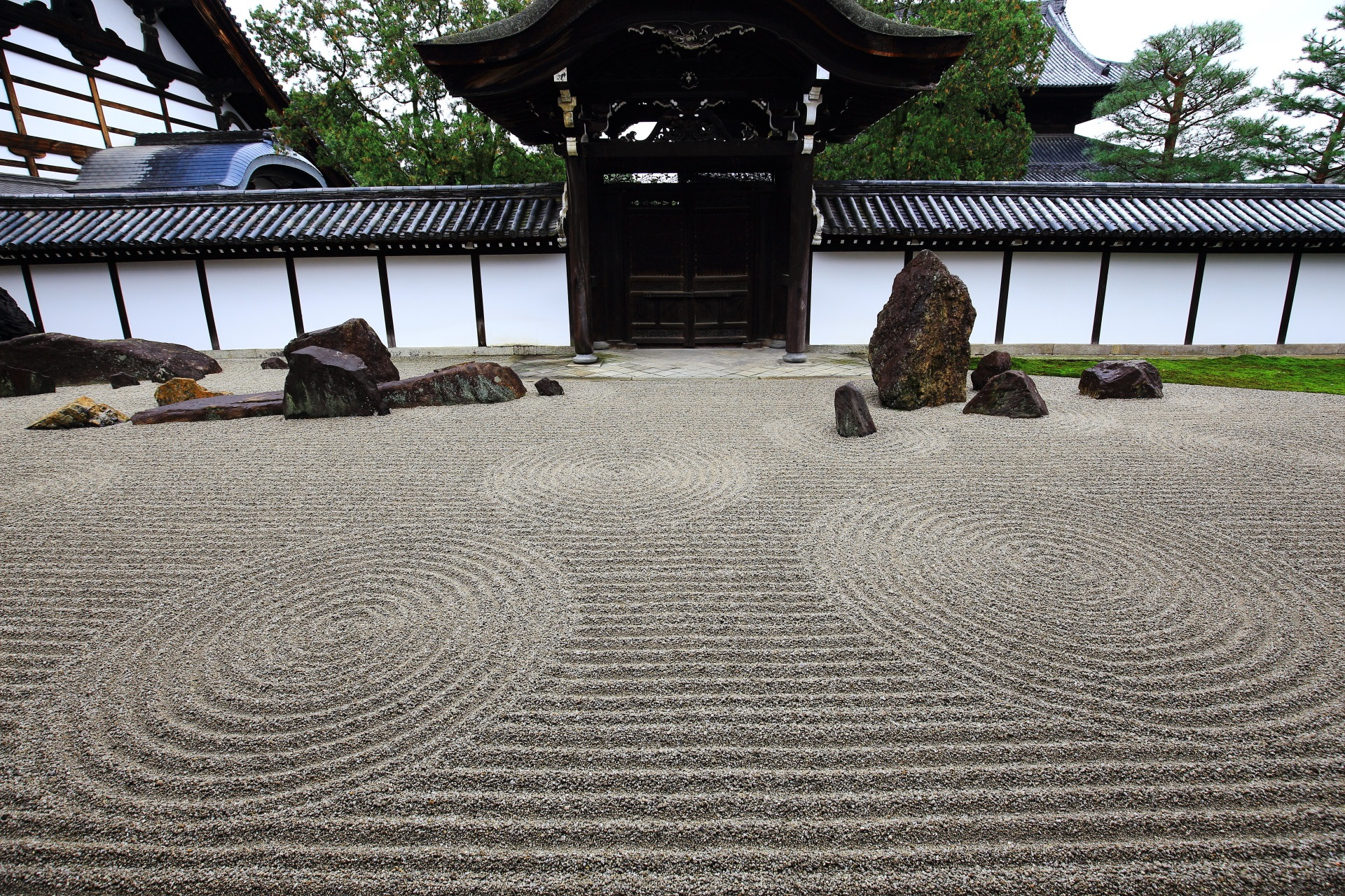 東福寺の方丈南庭