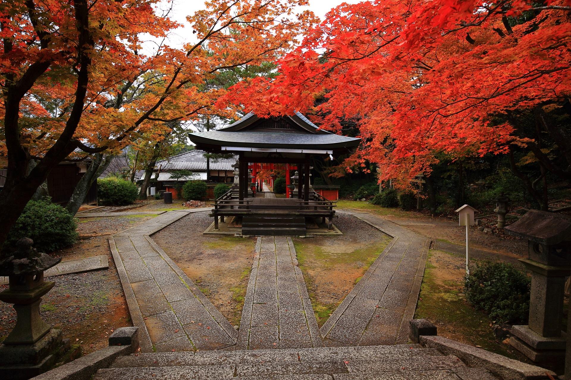 秋の竹中稲荷神社