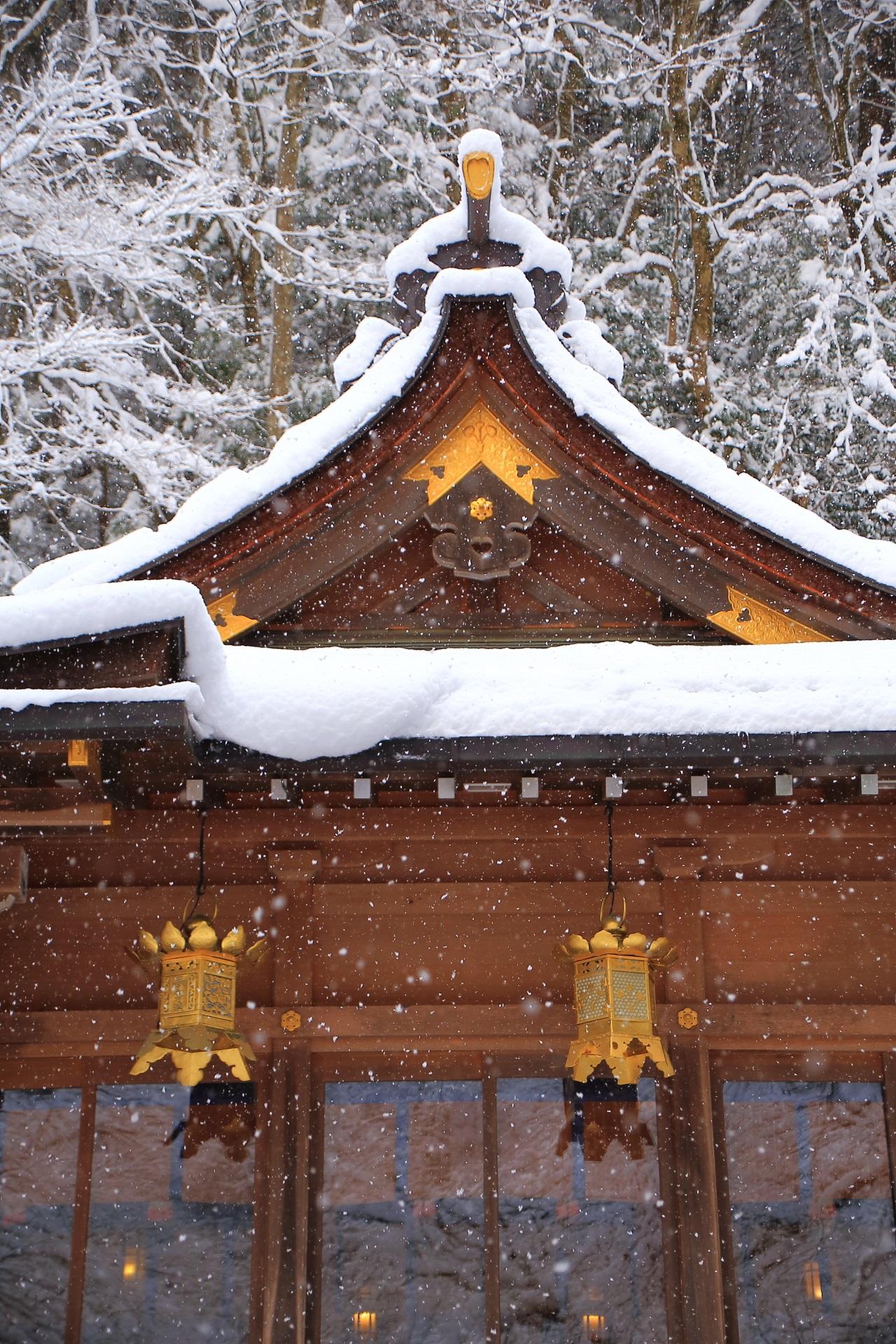 高画質 貴船神社 本宮 雪 写真