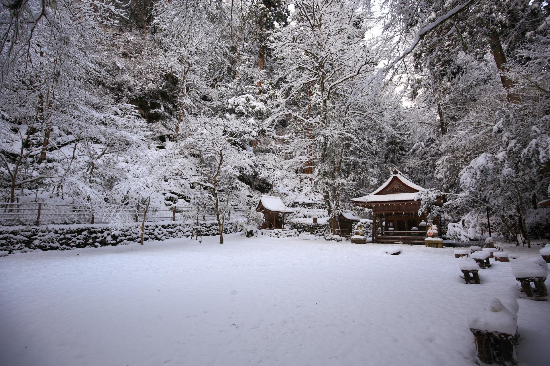 貴船神社 冬 高画質 写真