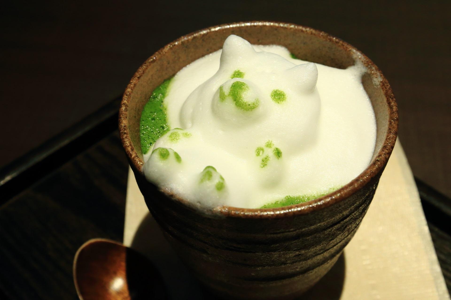 まろ濃い抹茶ラテ【3Dアート】 茶寮翠泉(さりょうすいせん) 甘味処 可愛すぎる抹茶のおもてなし