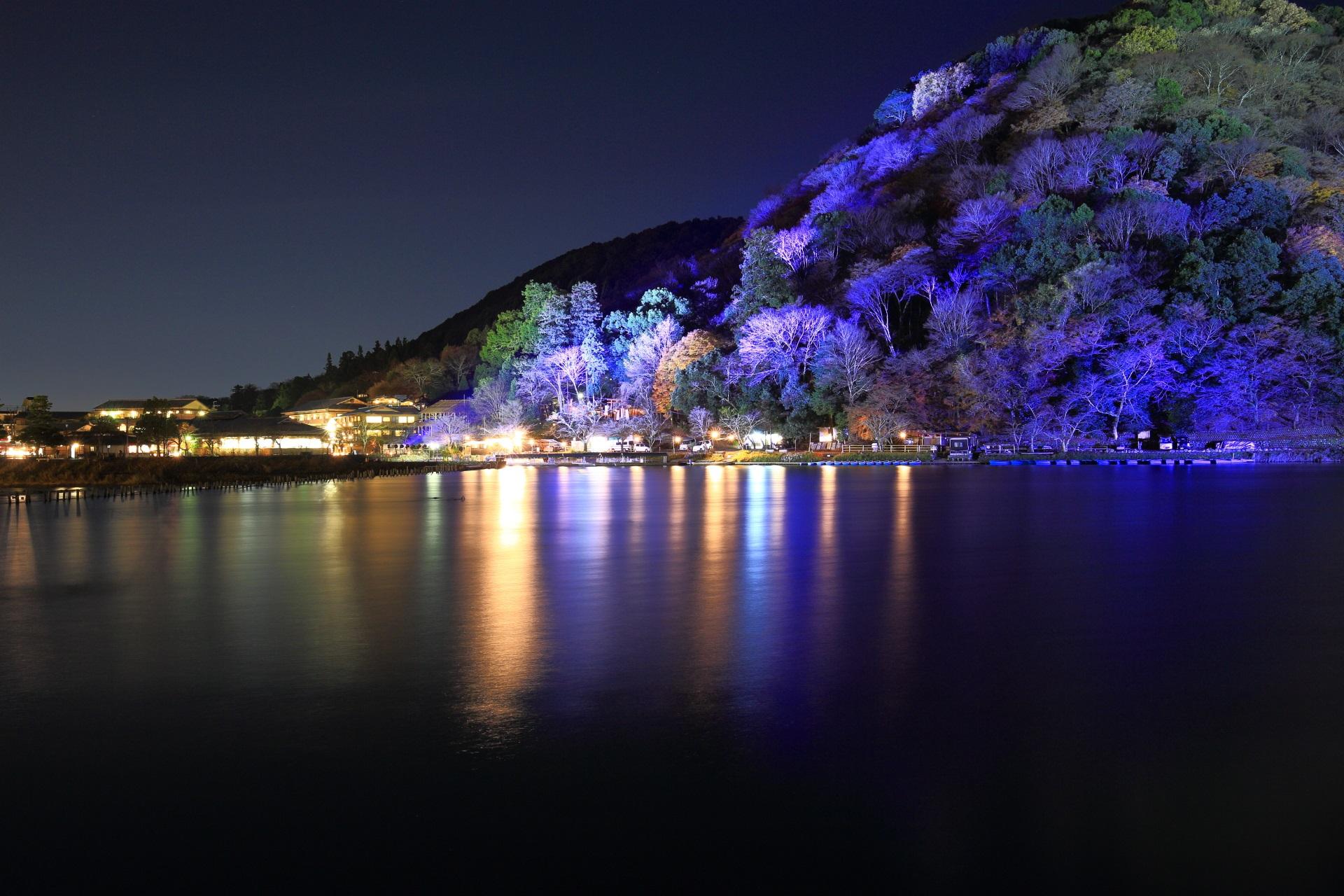 嵐山花灯路 ライトアップ 保津川 水鏡